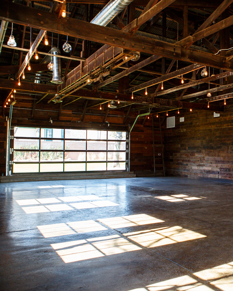 warehouse-wedding-venues-the-union-brooklyn-new-york-0815.jpg