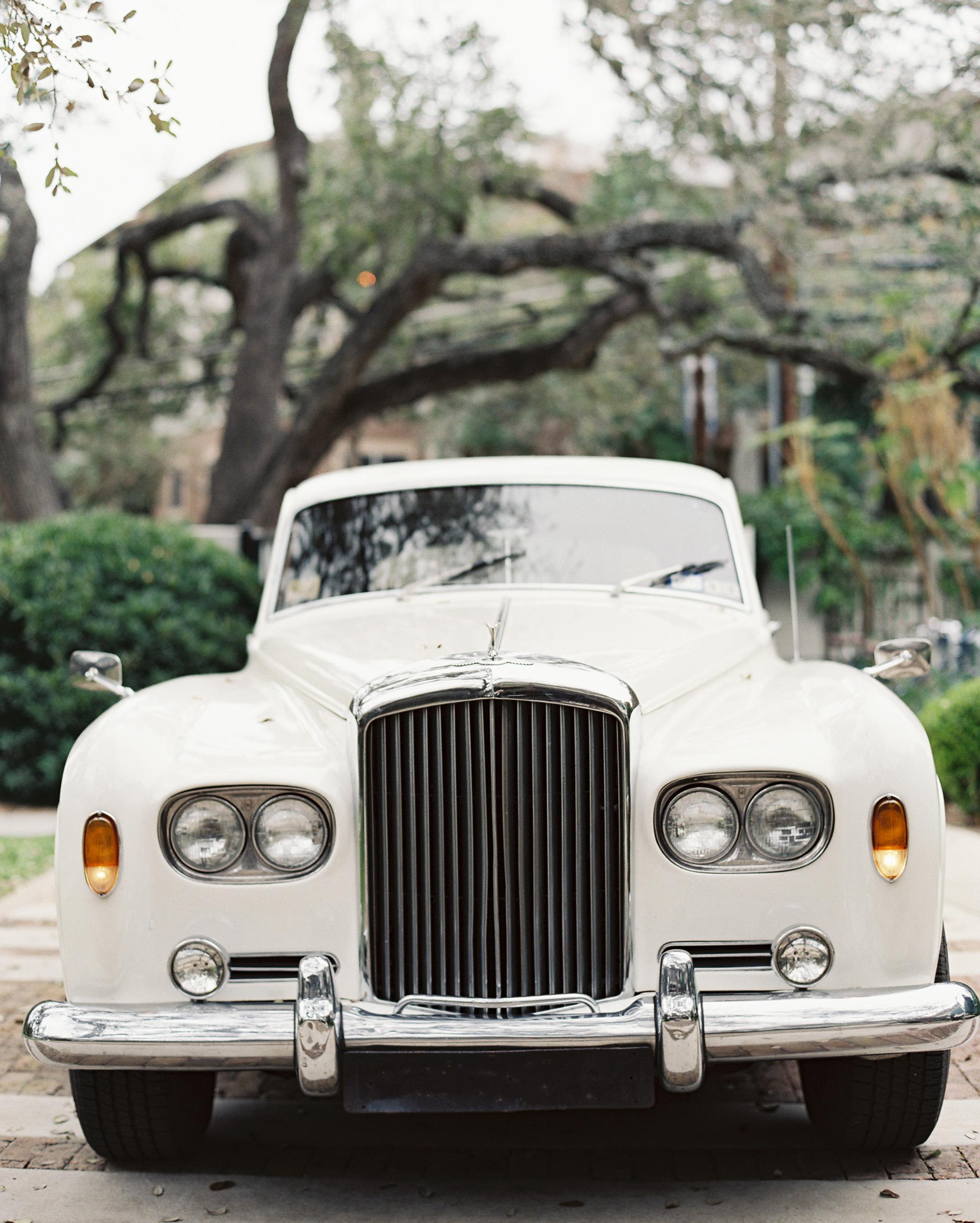 stacey-adam-wedding-car-0002-s112112-0815.jpg