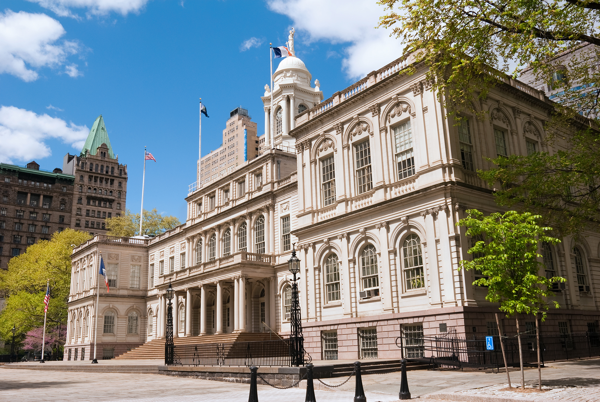 new york city hall exterior