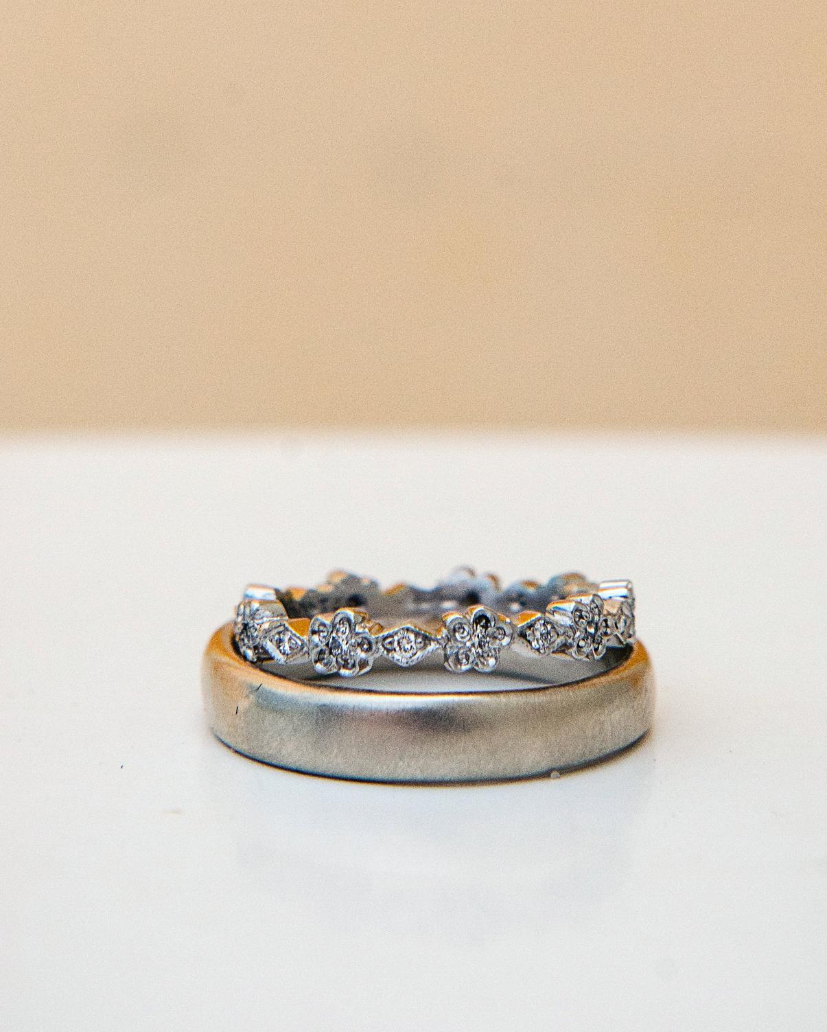 rachel-andrew-wedding-rings-006-s112195-0915.jpg