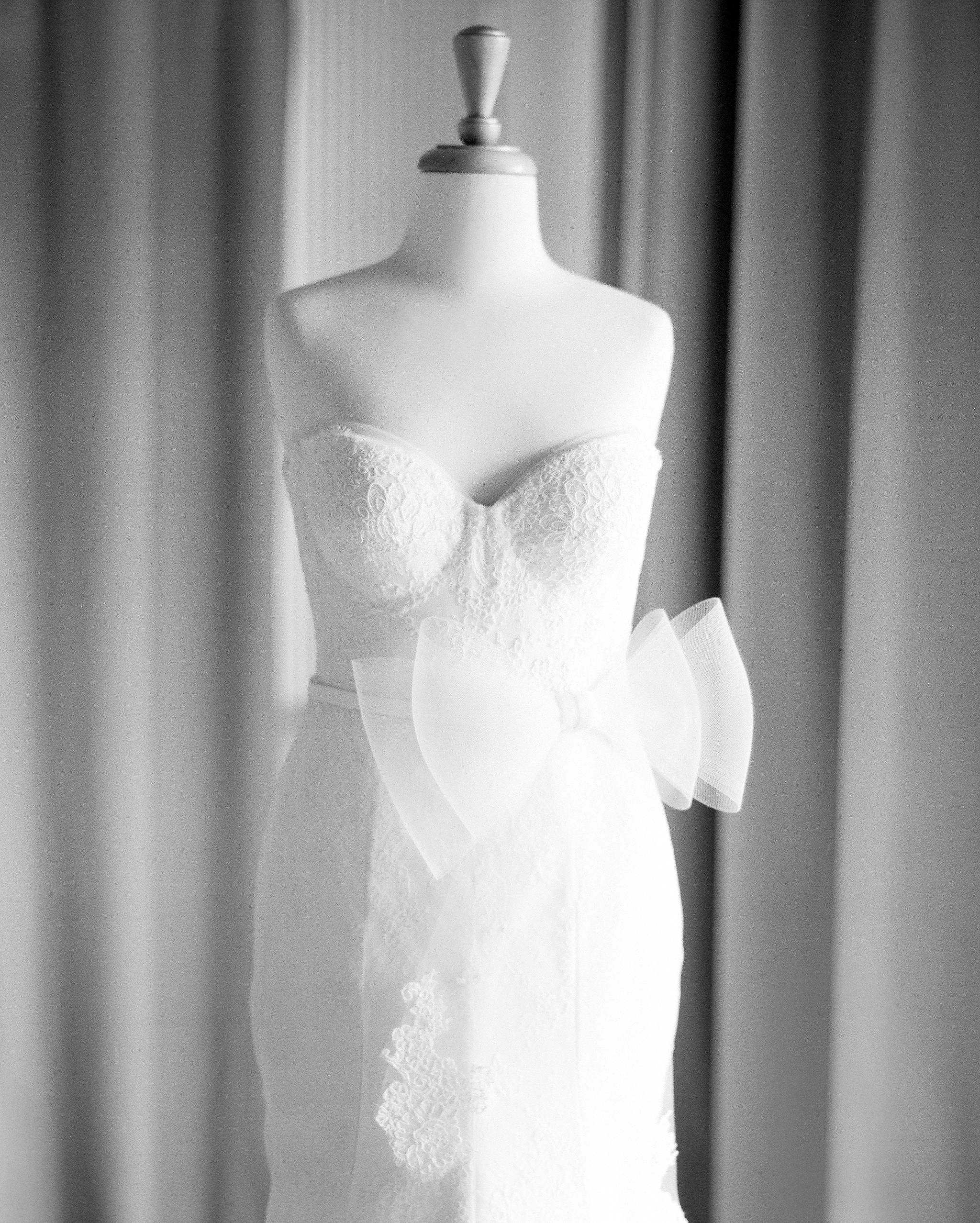jemma-michael-wedding-dress-26990005-s112110-0815.jpg
