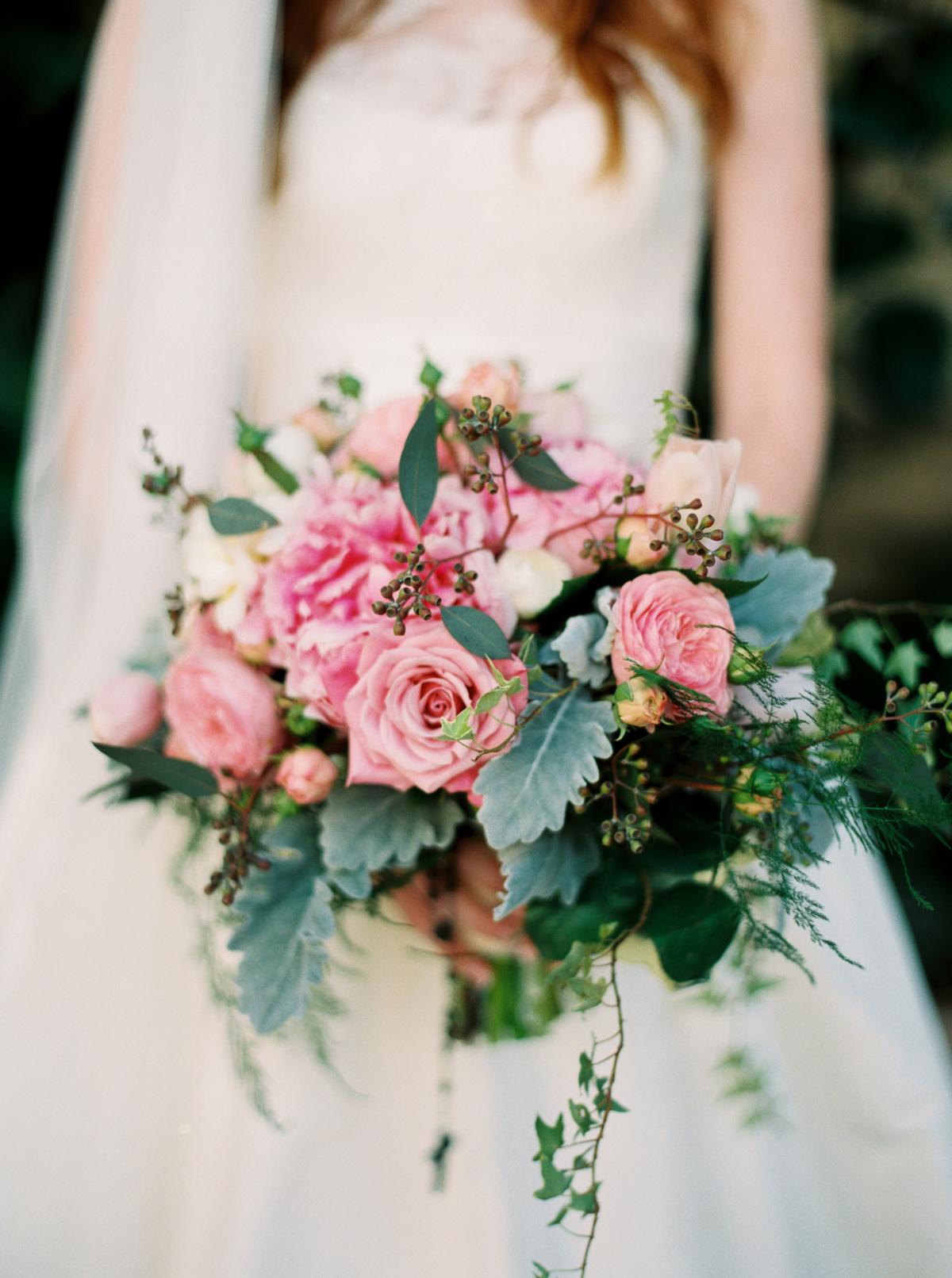 fall wedding flowers roses