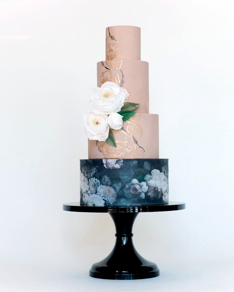 wedding-cake-stands-sarahs-stands-black-intro-1115.jpg