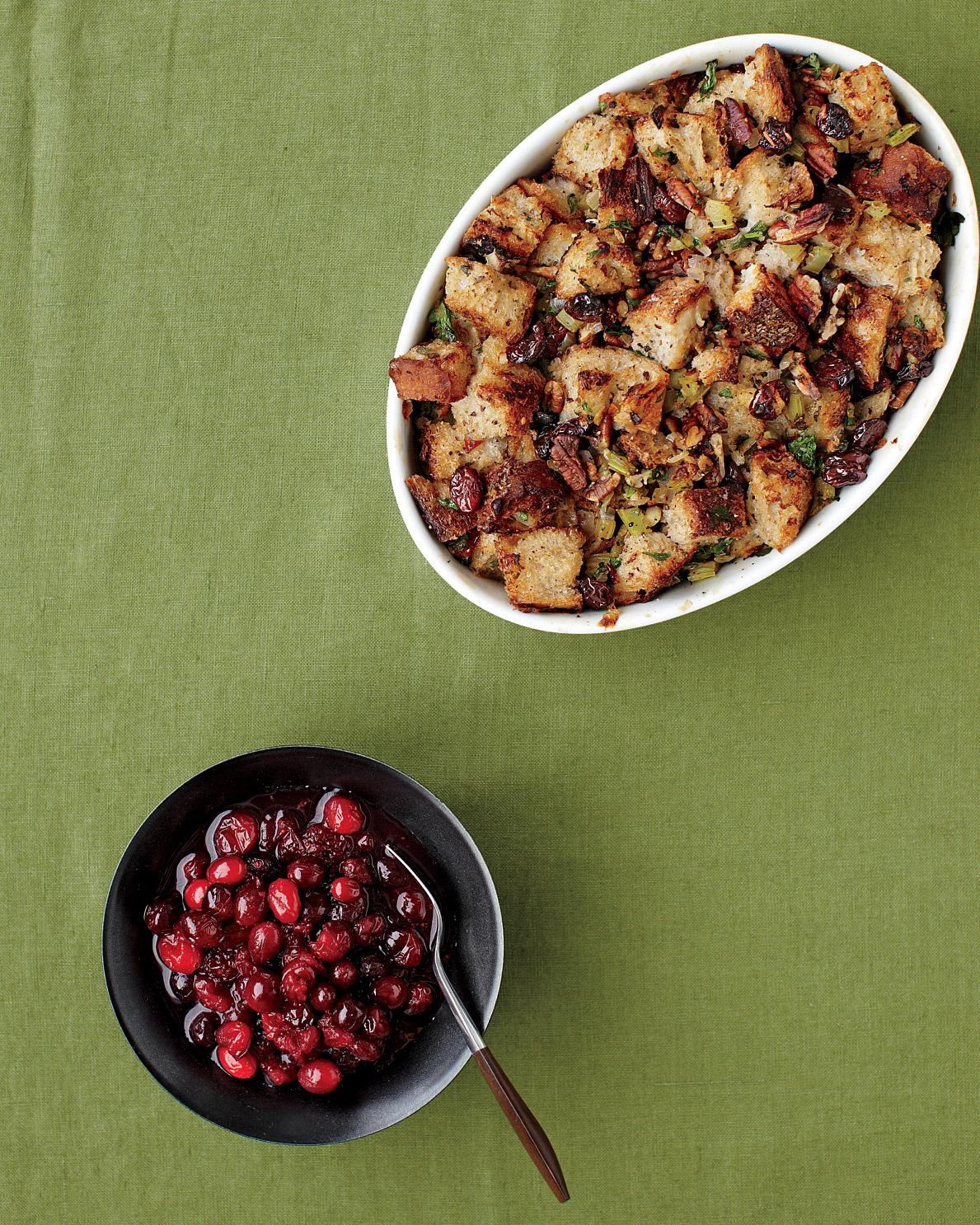 thanksgiving-stuffing-cranberry-sauce-med107616.jpg
