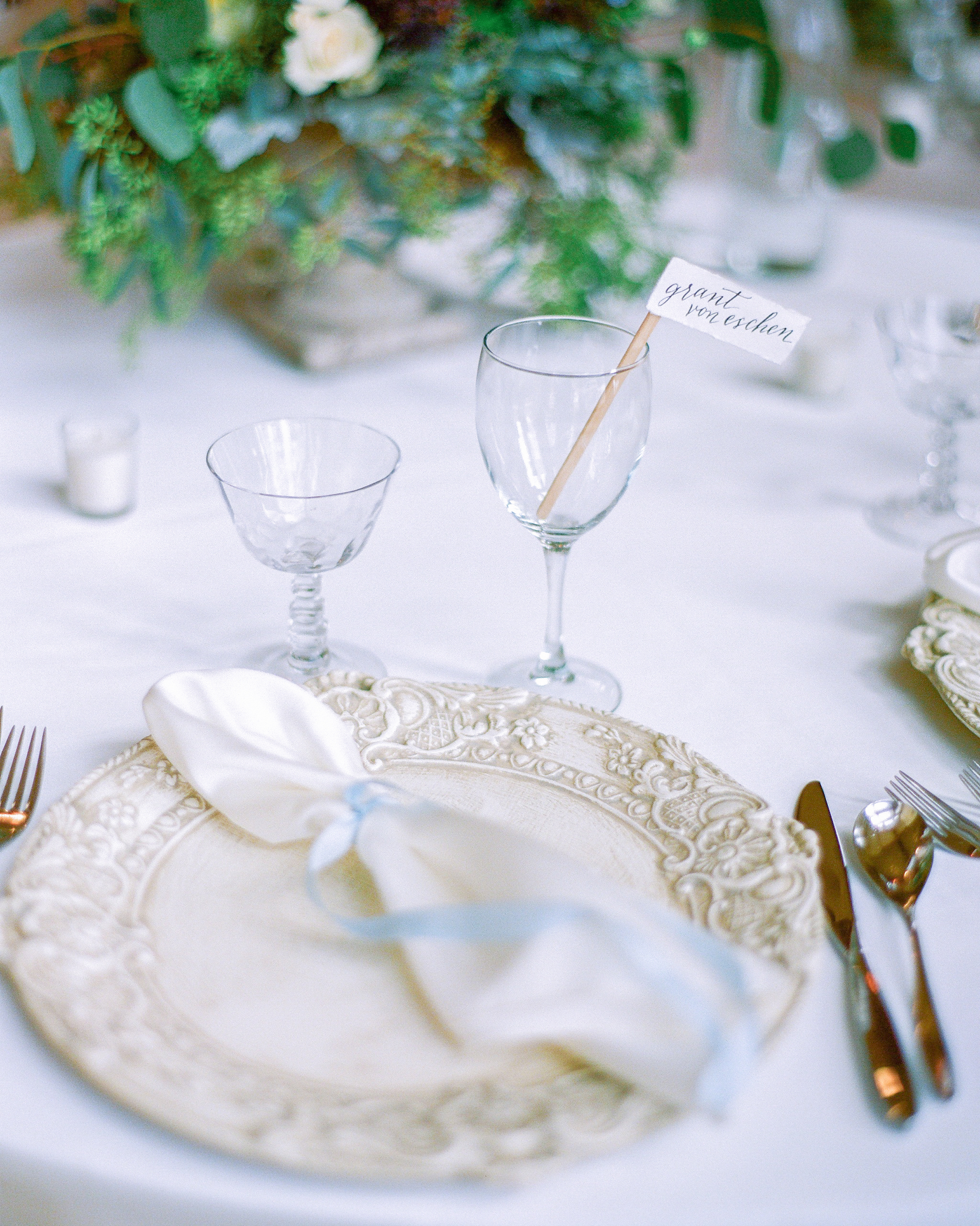 kendall-grant-wedding-placesetting-032-s112328-1215.jpg