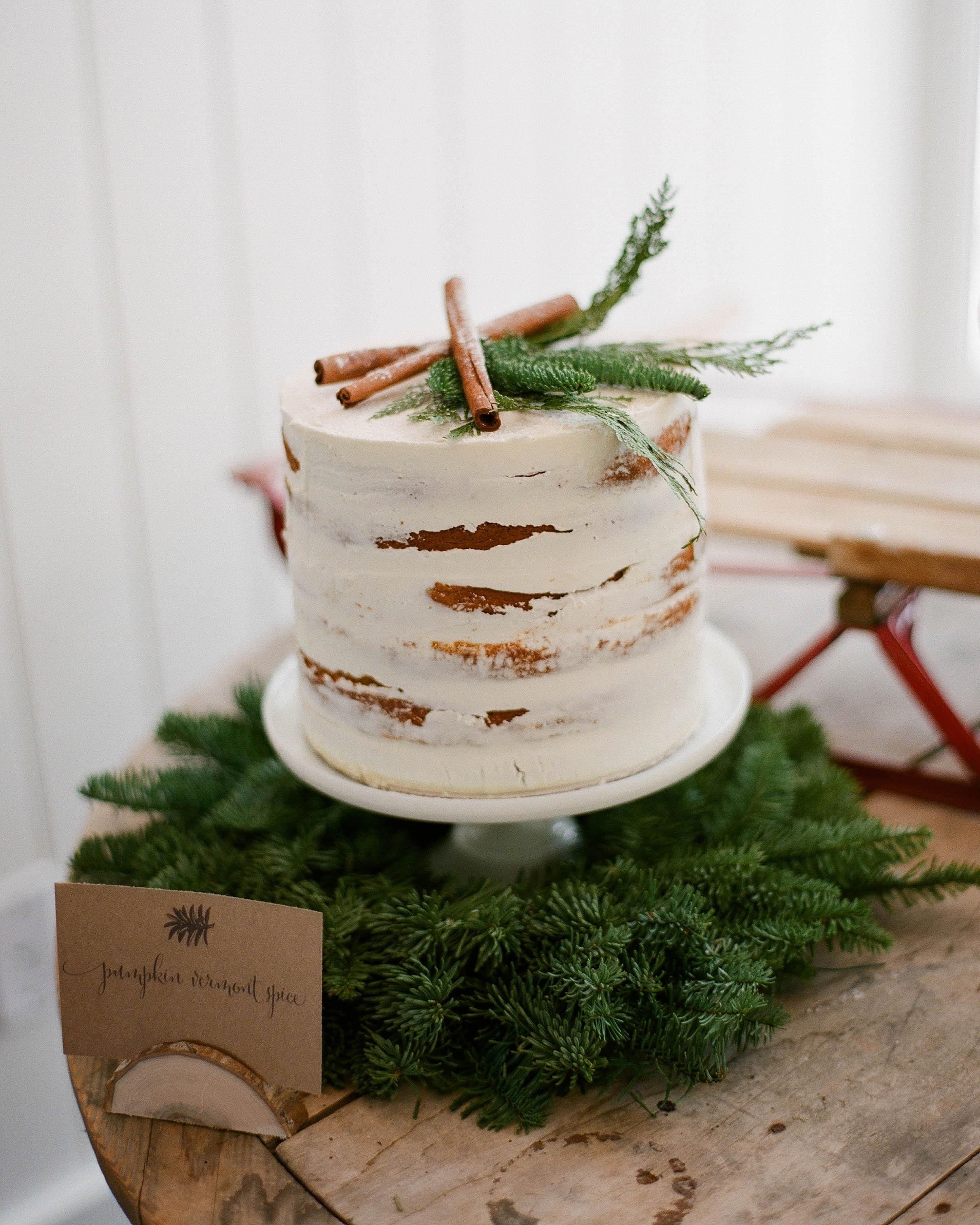 winter-bridal-shower-ideas-pumpkin-vermont-spice-cake-primary-image-1215.jpg