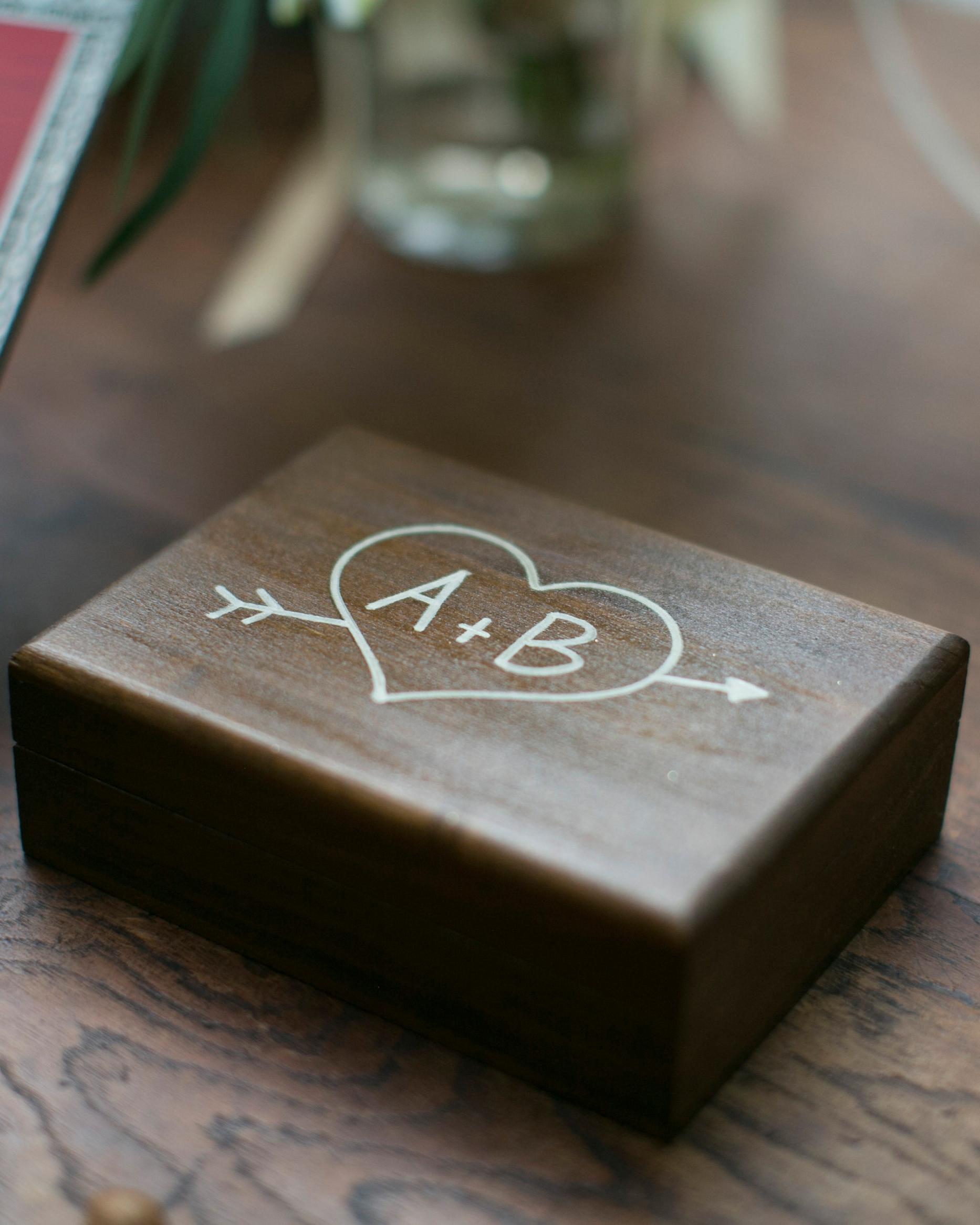 briana-adam-wedding-box-1311-s112471-1215.jpg