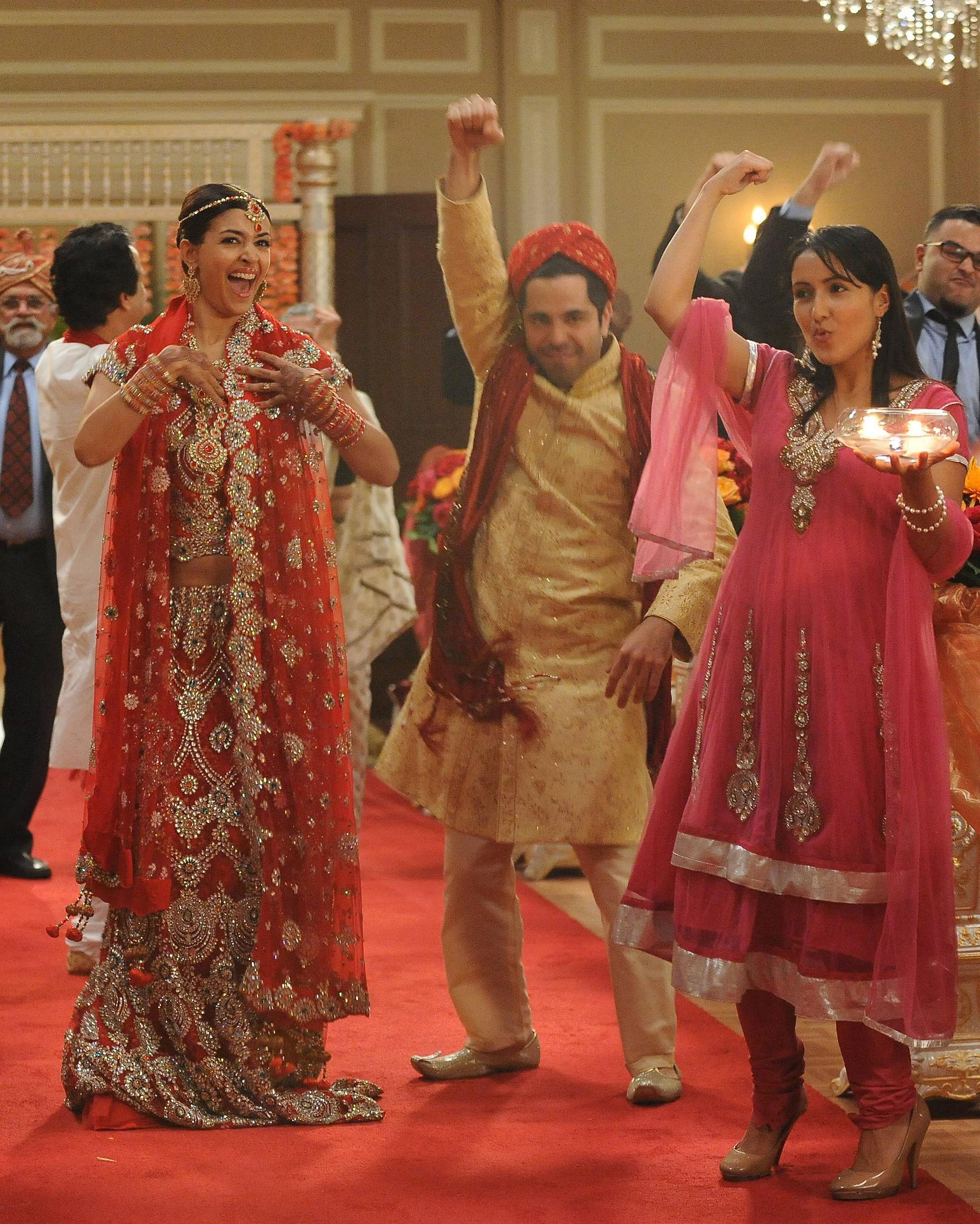 tv-wedding-dresses-new-girl-cece-1115.jpg