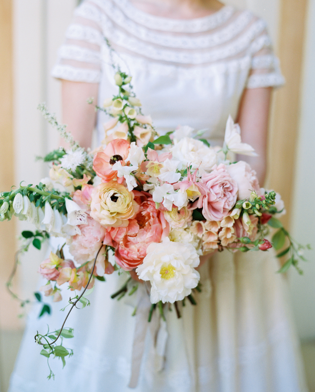 jessica-graham-wedding-bouquet-0001-s112171-0915.jpg