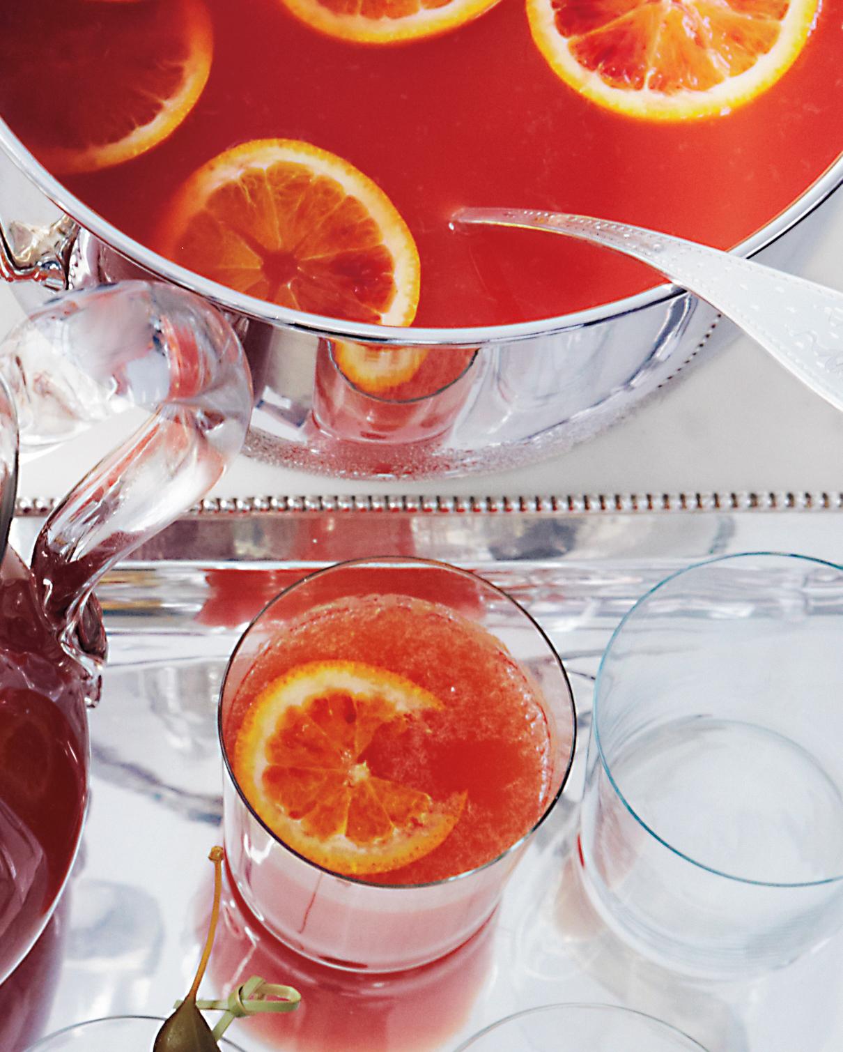 sparkling-cocktails-mulled-blood-orange-punch-msl-dec13-0615.jpg