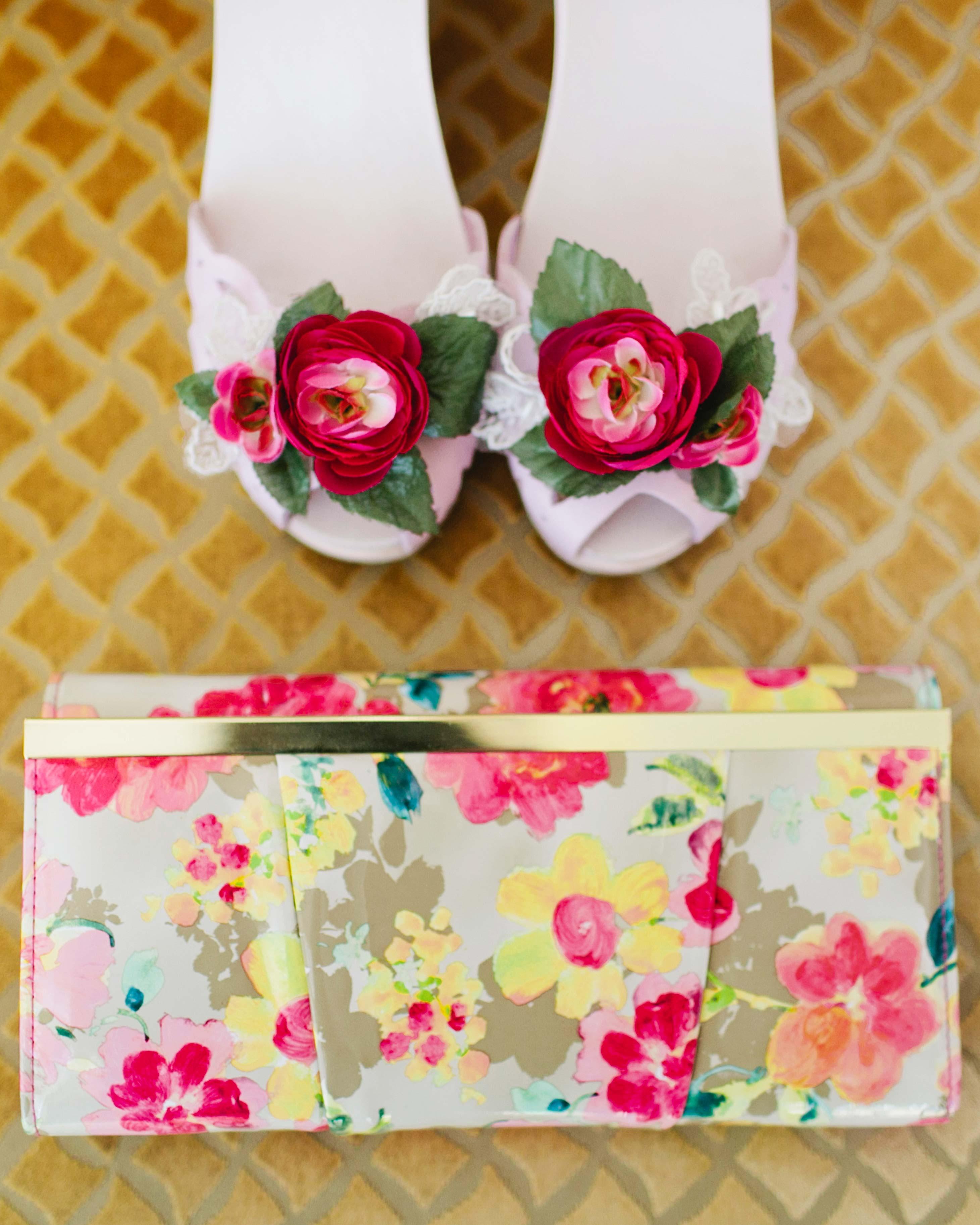holly-john-wedding-texas-accessories-002-s112833-0516.jpg