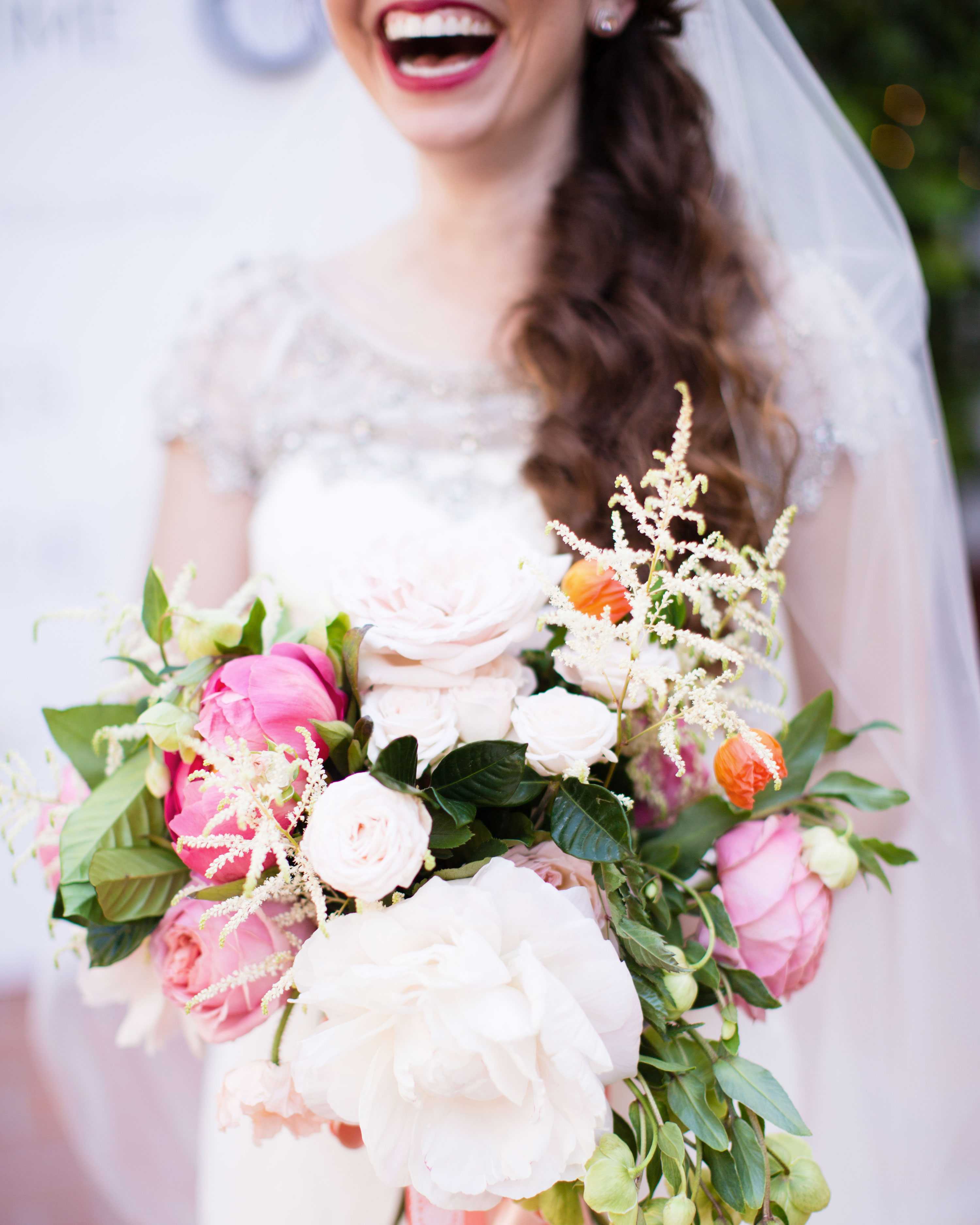 richelle-tom-wedding-bouquet-479-s112855-0416.jpg
