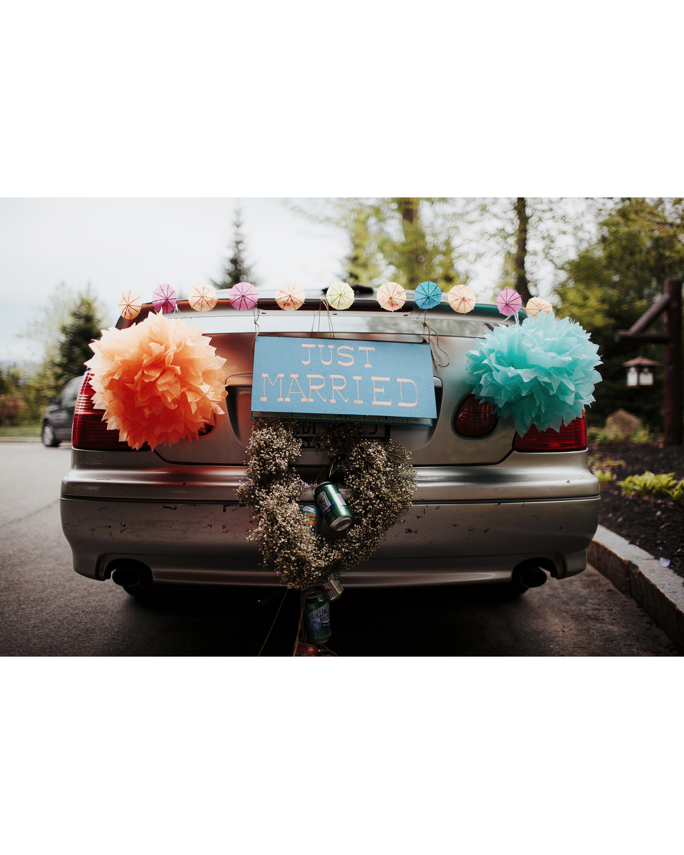 ryan-alan-wedding-getaway-car-0050-s112966-0516.jpg