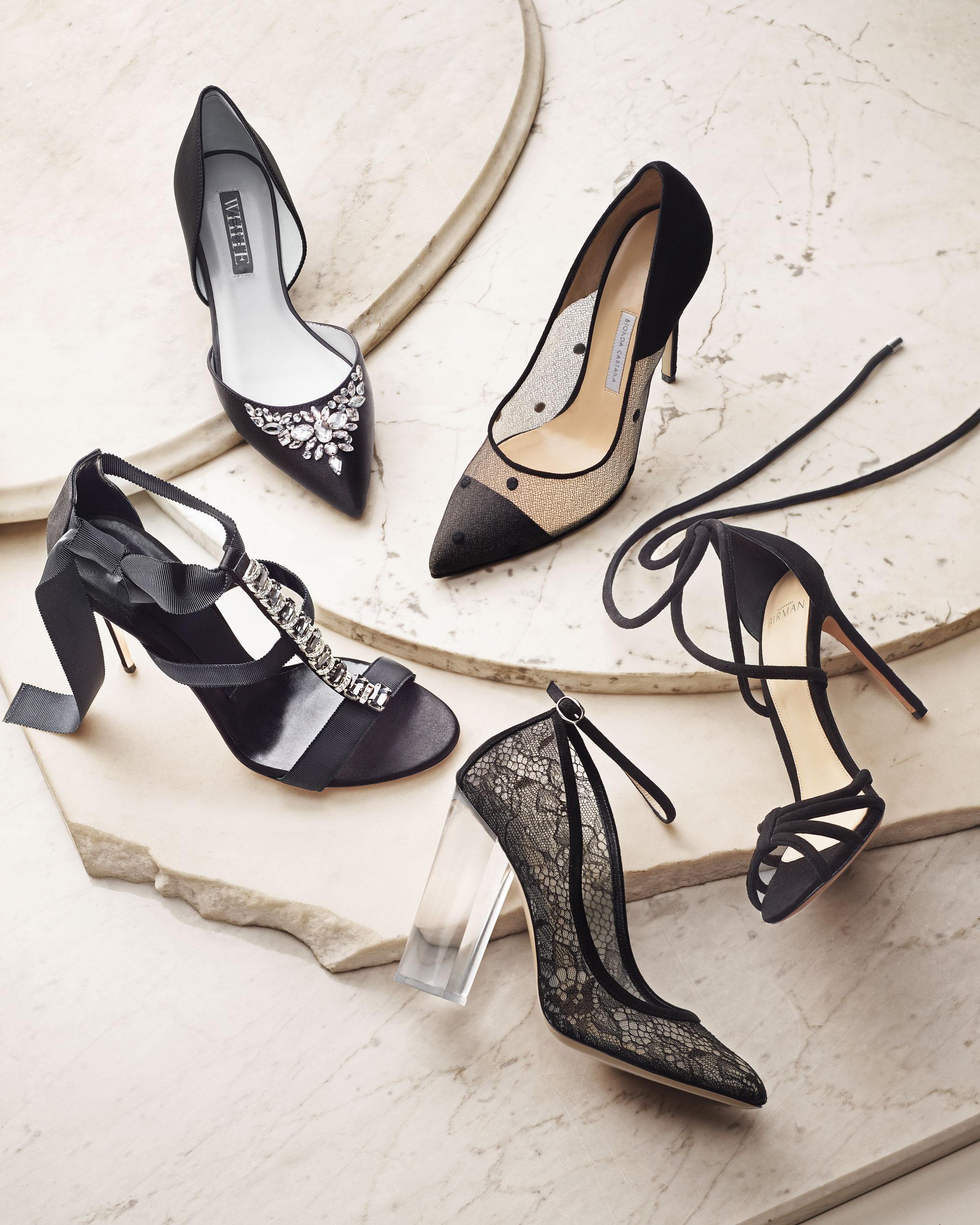 style-black-pumps-d112694.jpg
