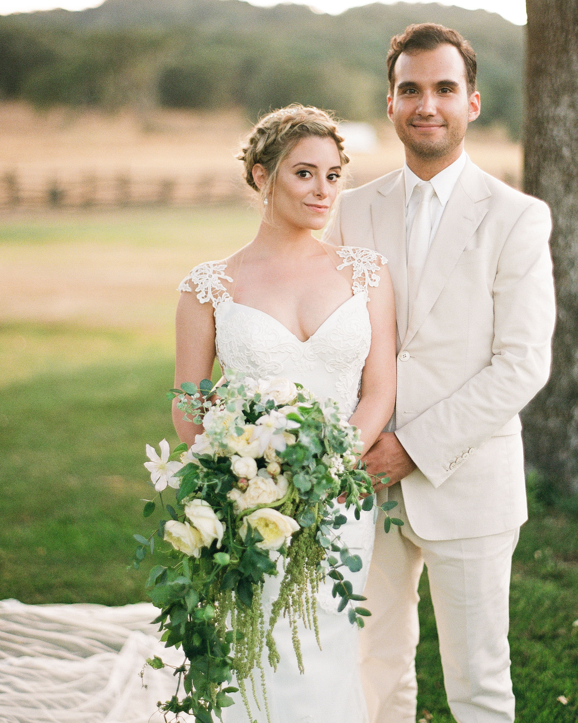 breelayne-hunter-wedding-california-0101-santa-lucia-preserve-fairy-woodsy-organic-couple-s112849.jpg