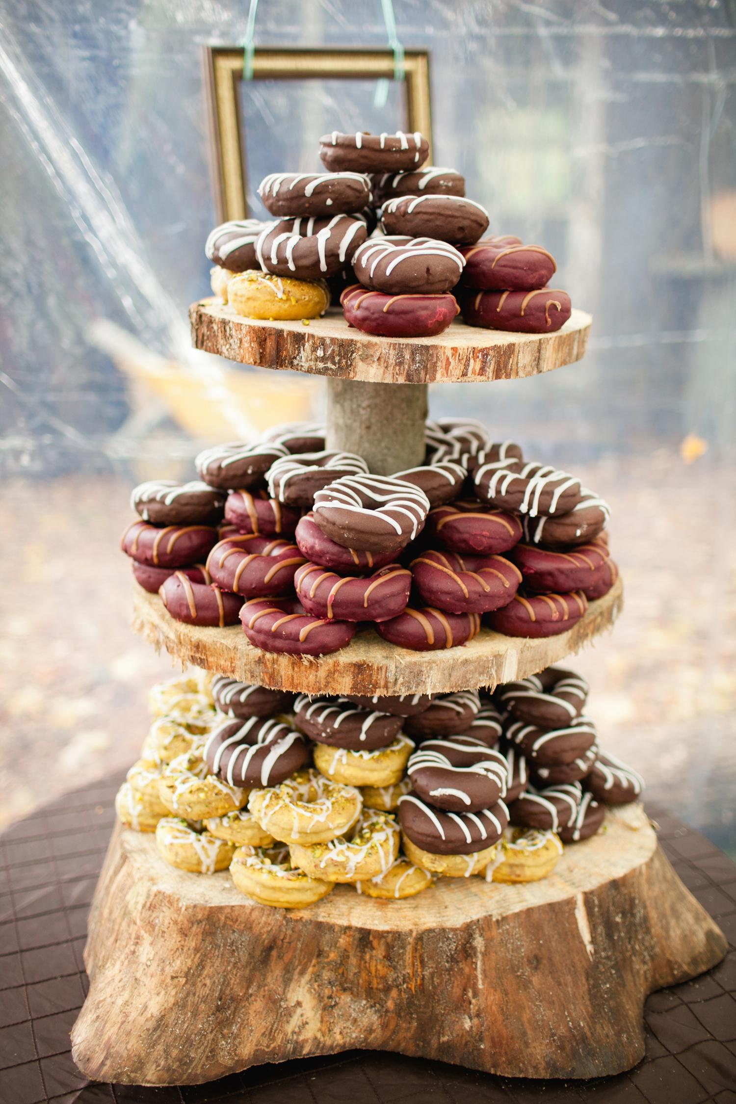 wedding donuts corina v photography