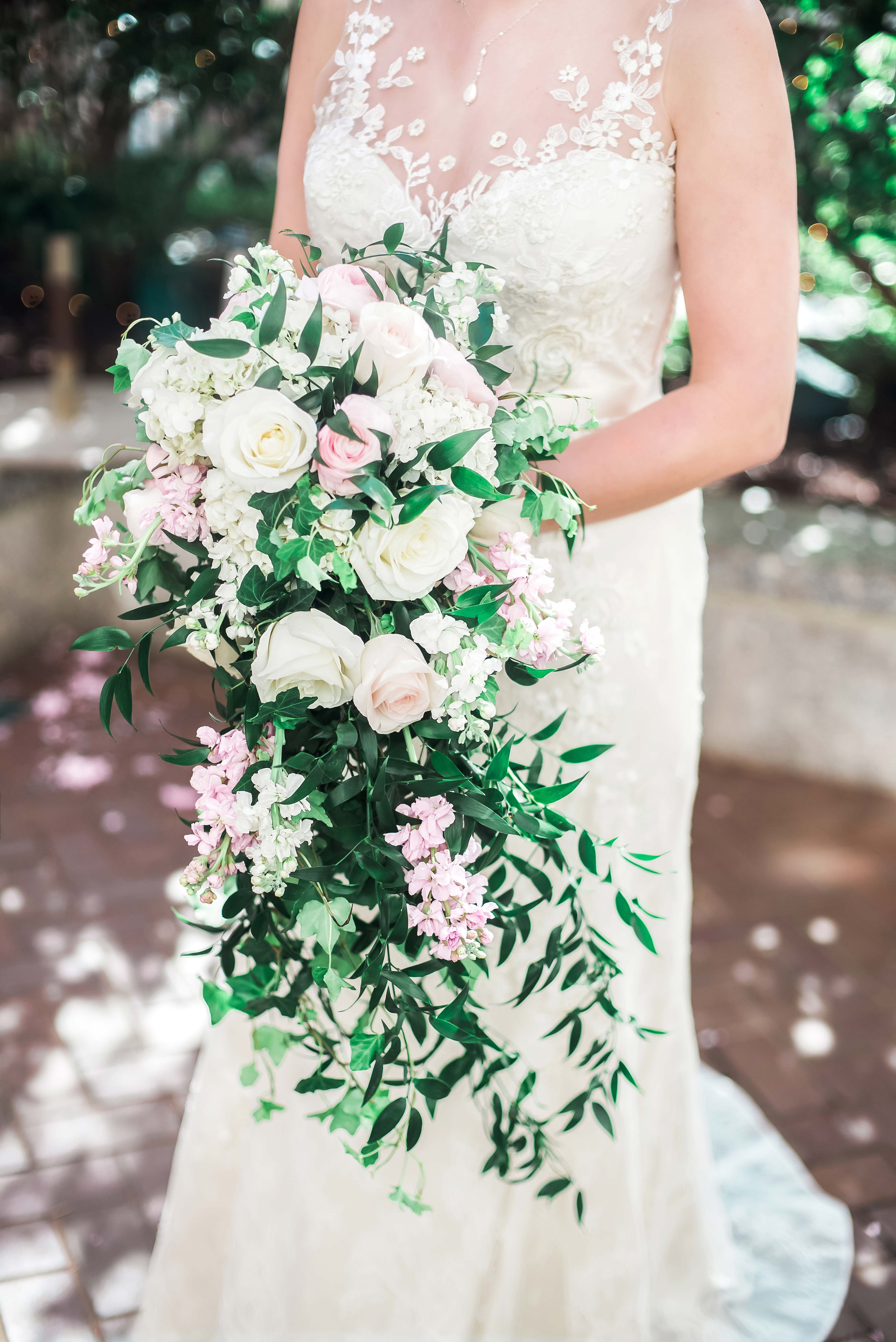 roses cascading bouquet