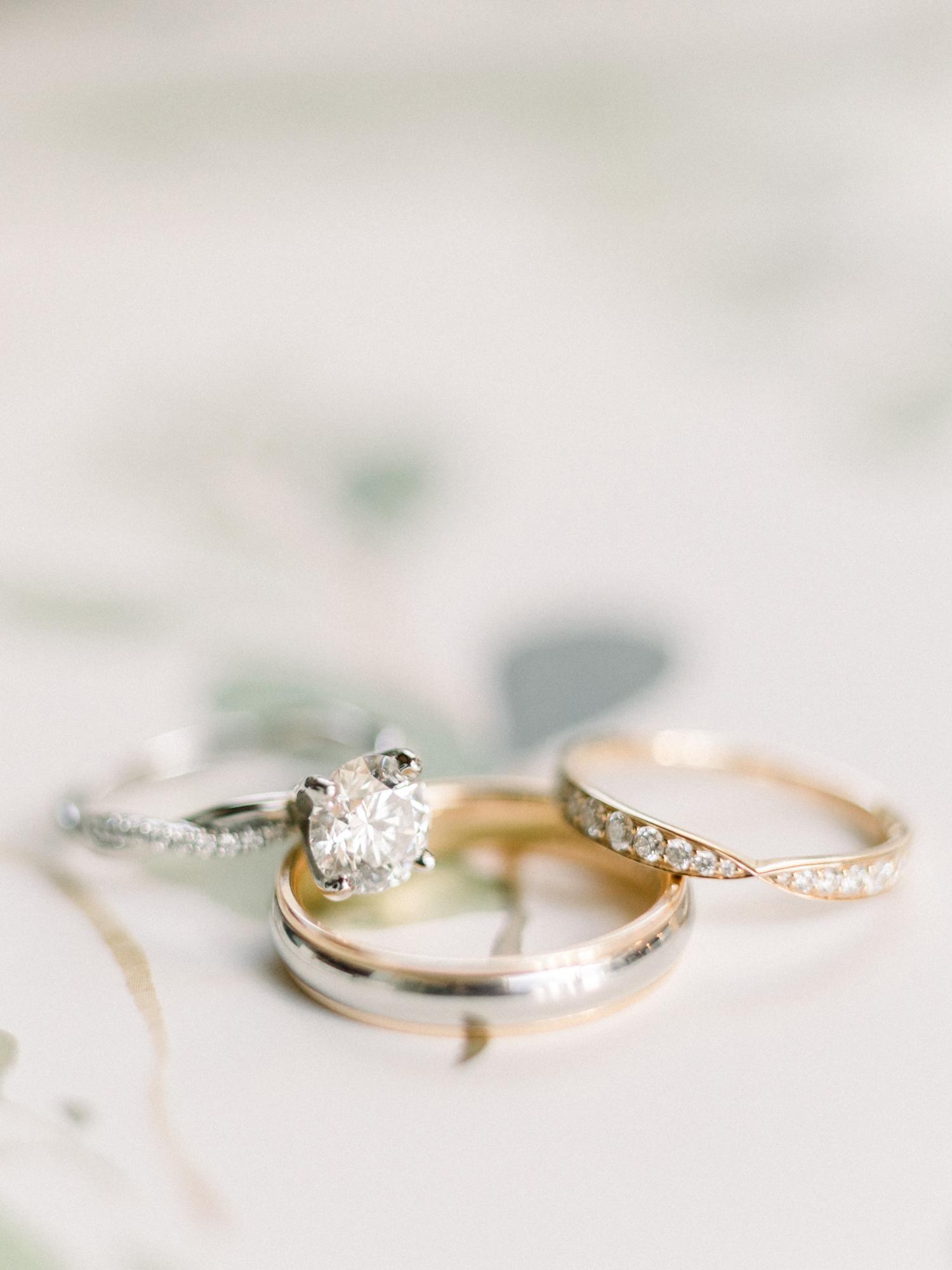 engagement rings twisted diamond set band