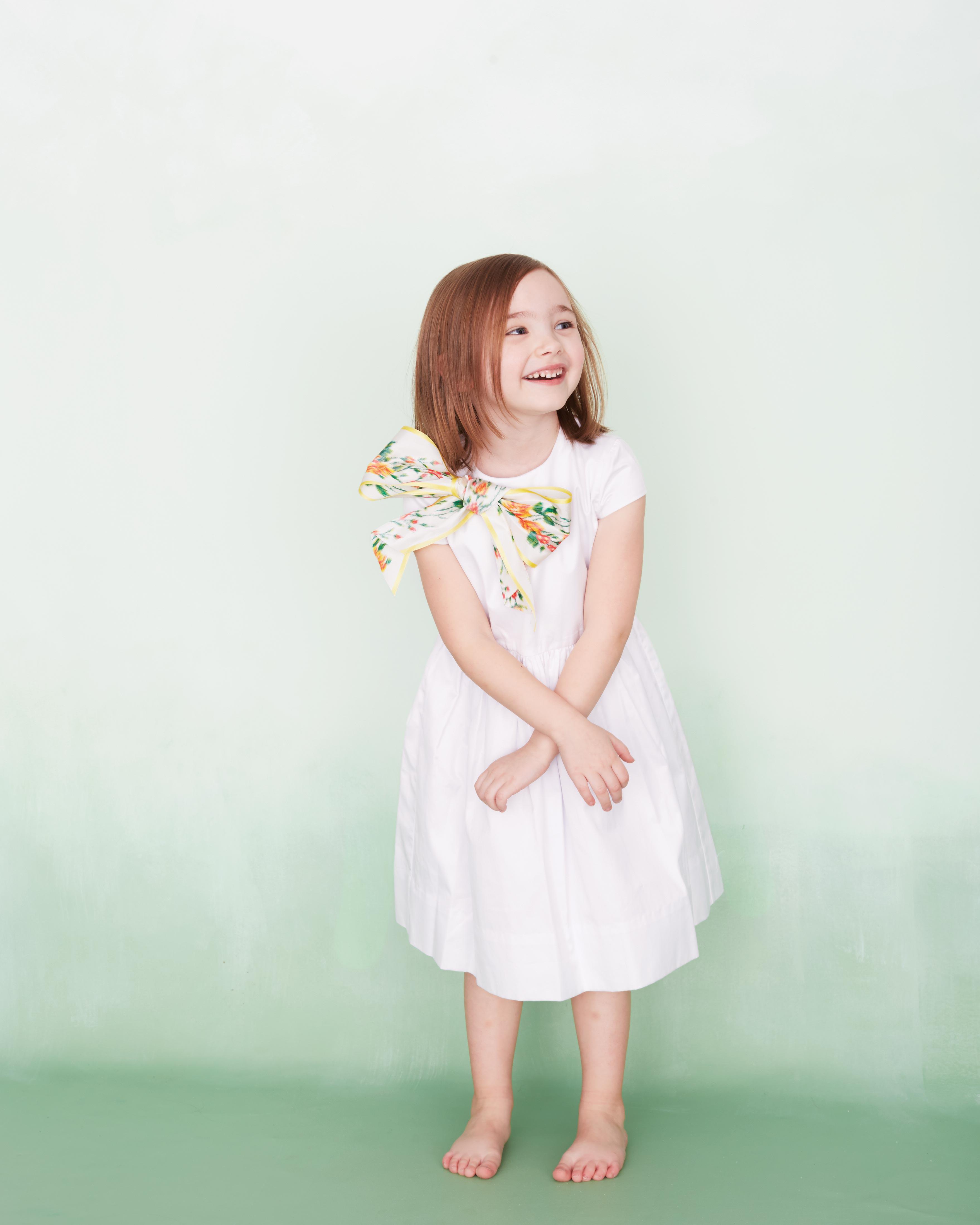 flower-girl-four-186-d112901.jpg