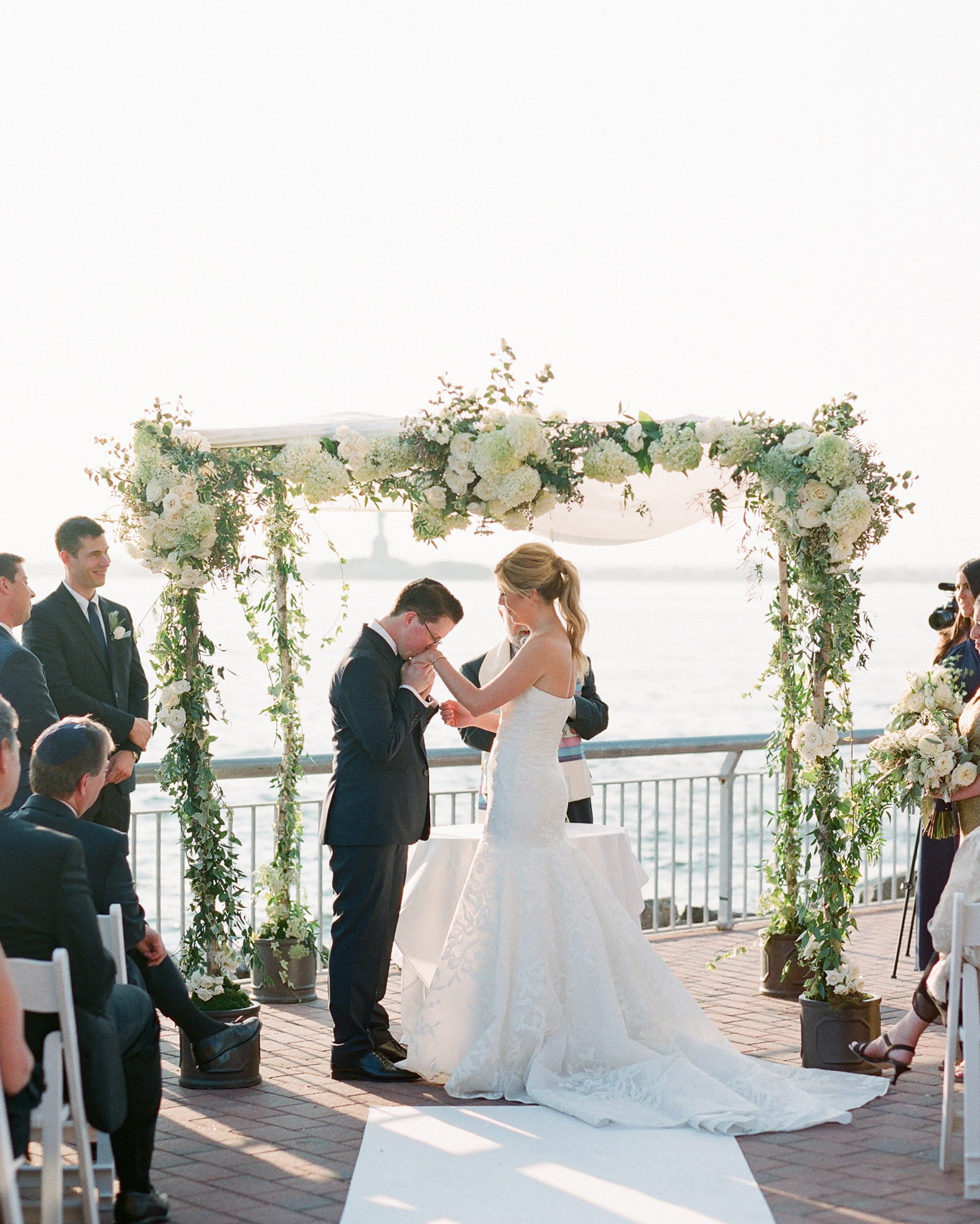 amy-bob-wedding-ceremony-0642-s111884-0715.jpg