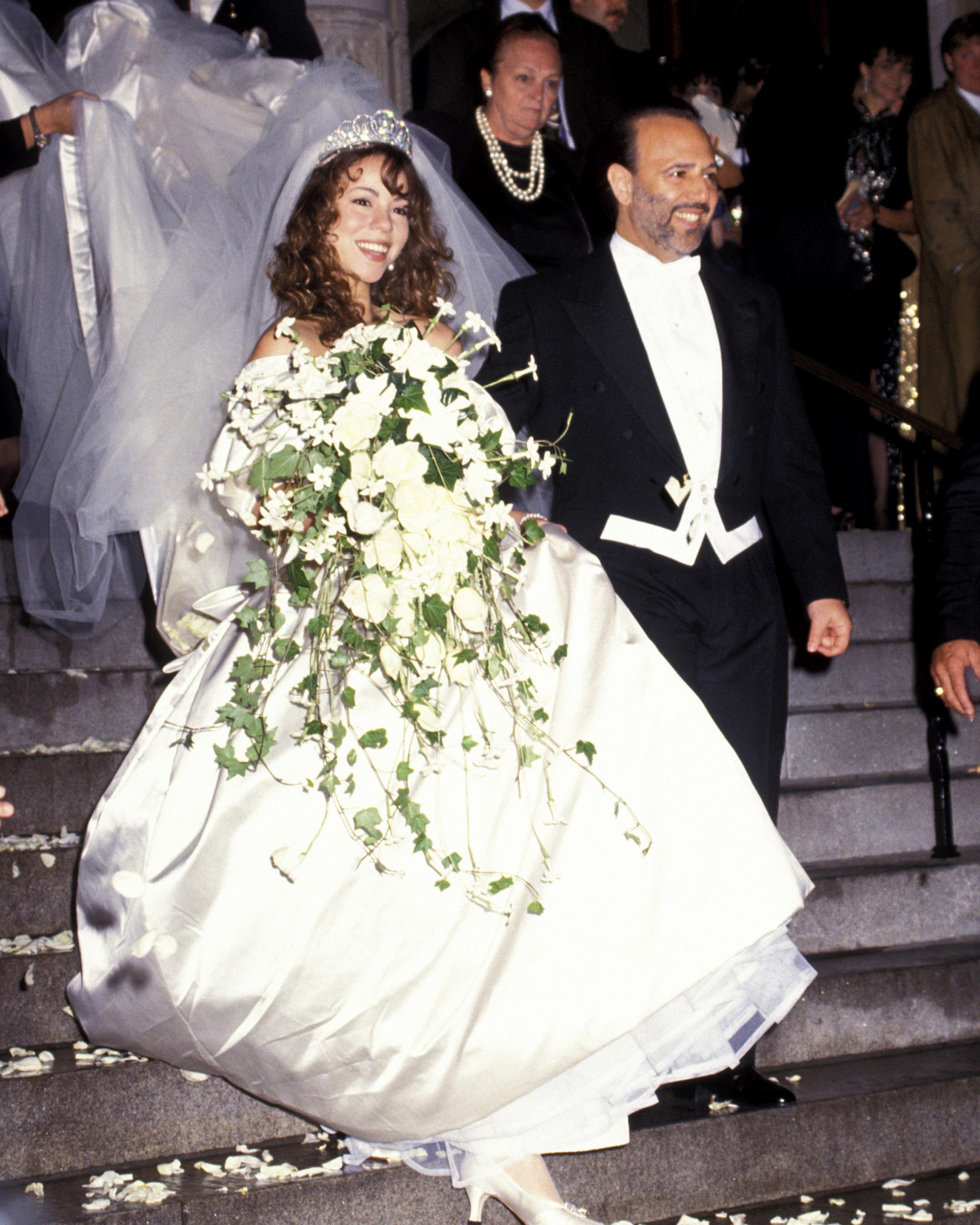 mariah-carey-tommy-mottola-iconic-rock-n-roll-wedding-photos-0717.jpg
