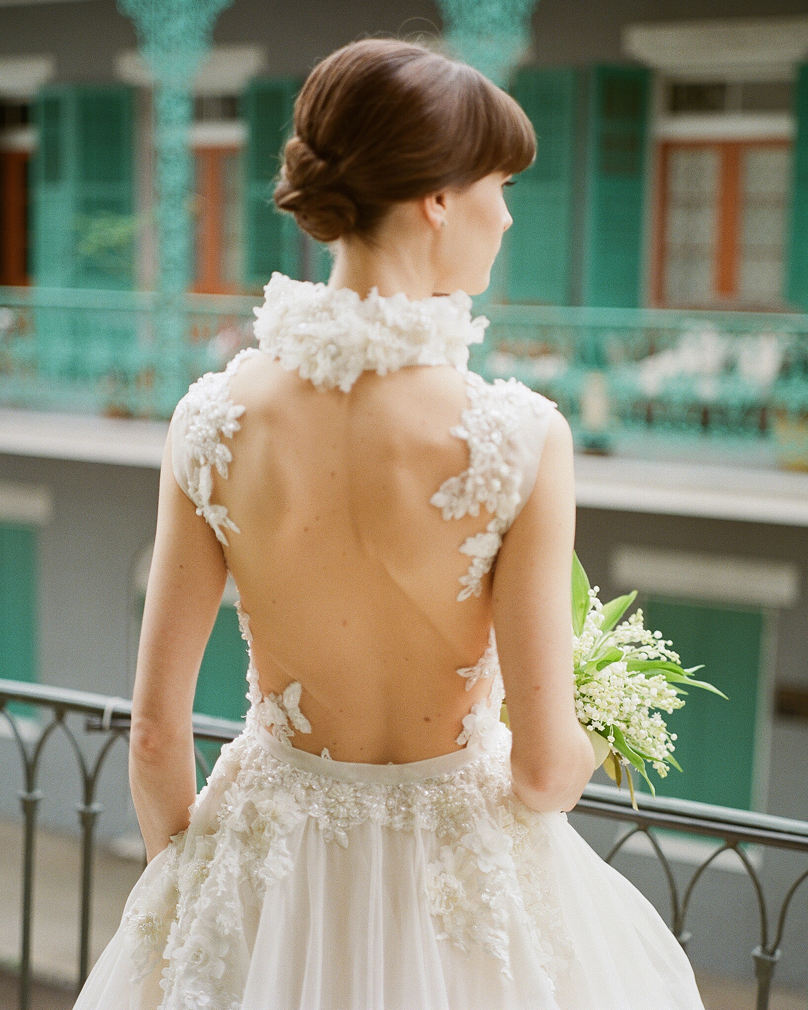 haylie brad wedding dress back