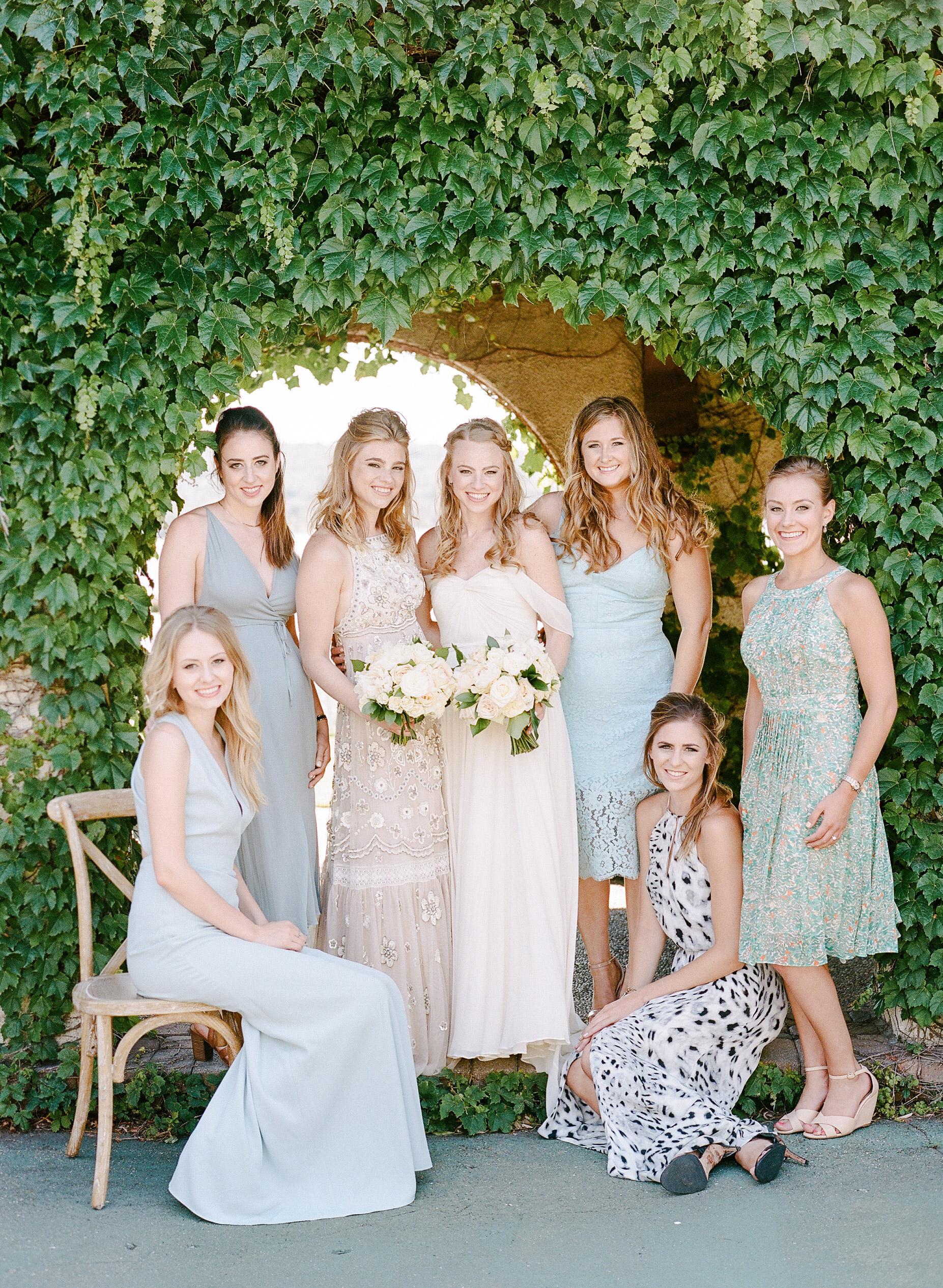 izzy tom wedding bridesmaids