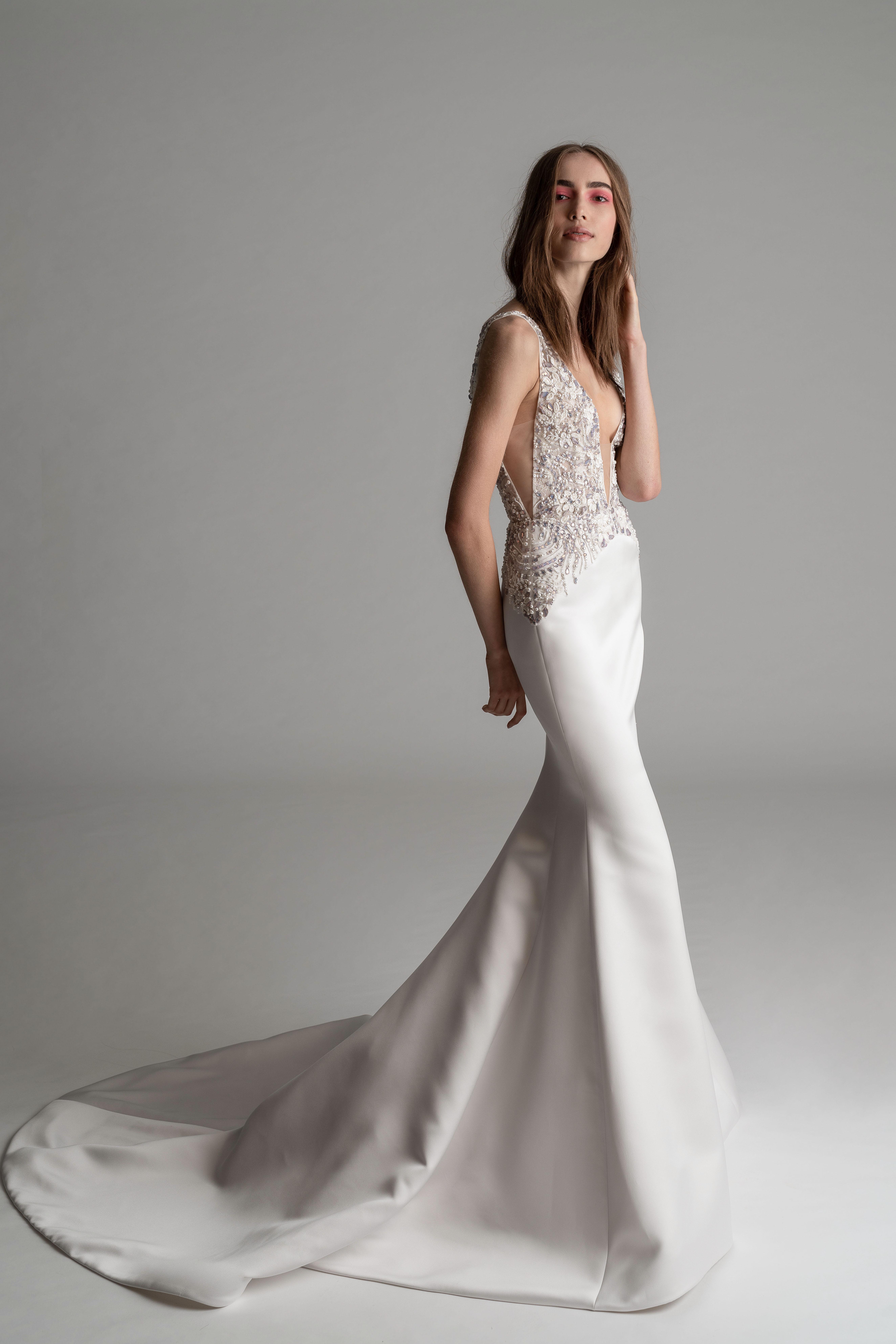 rivini by rita fall 2019 v-neck spaghetti strap trumpet wedding dress