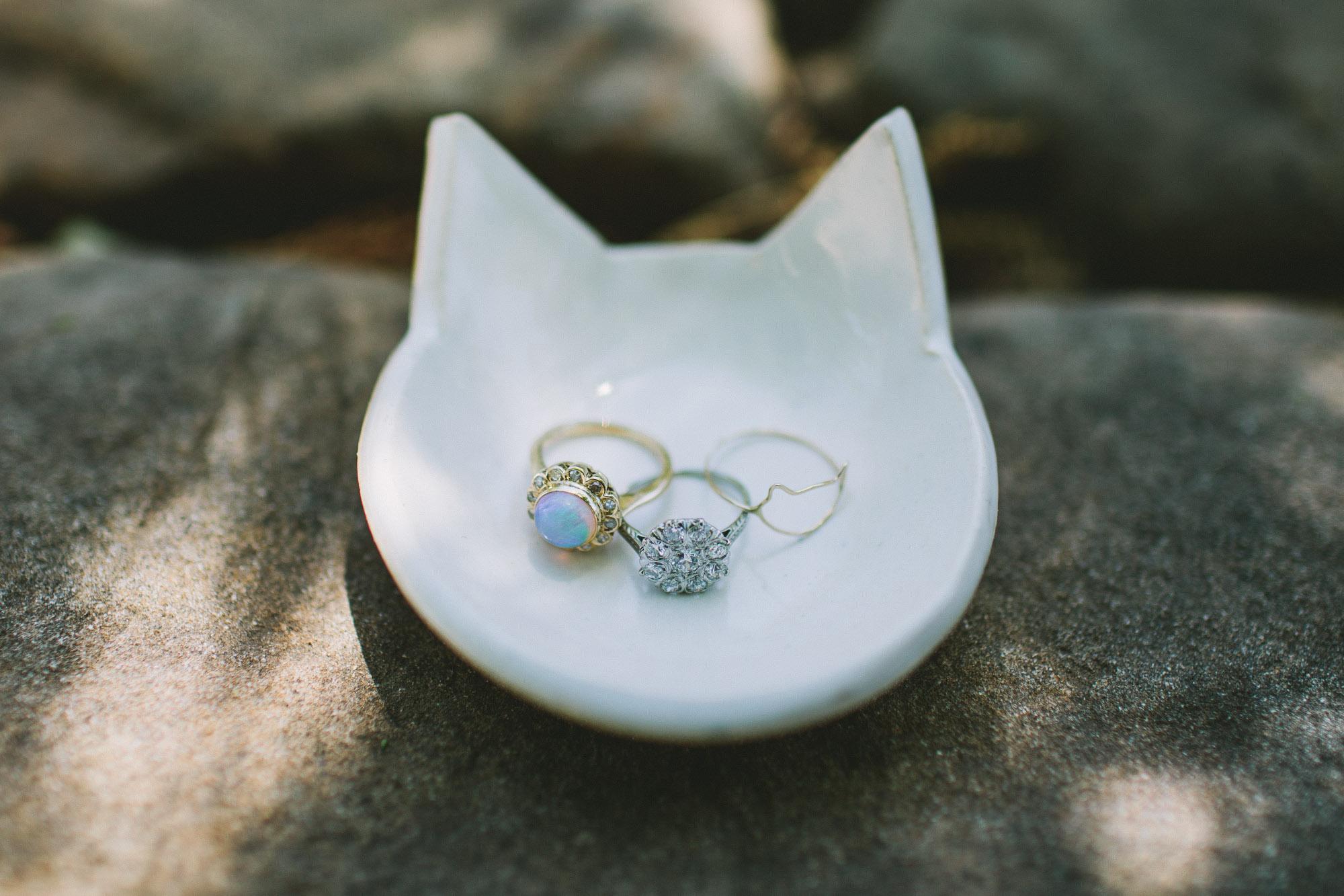 cat shaped ring holder