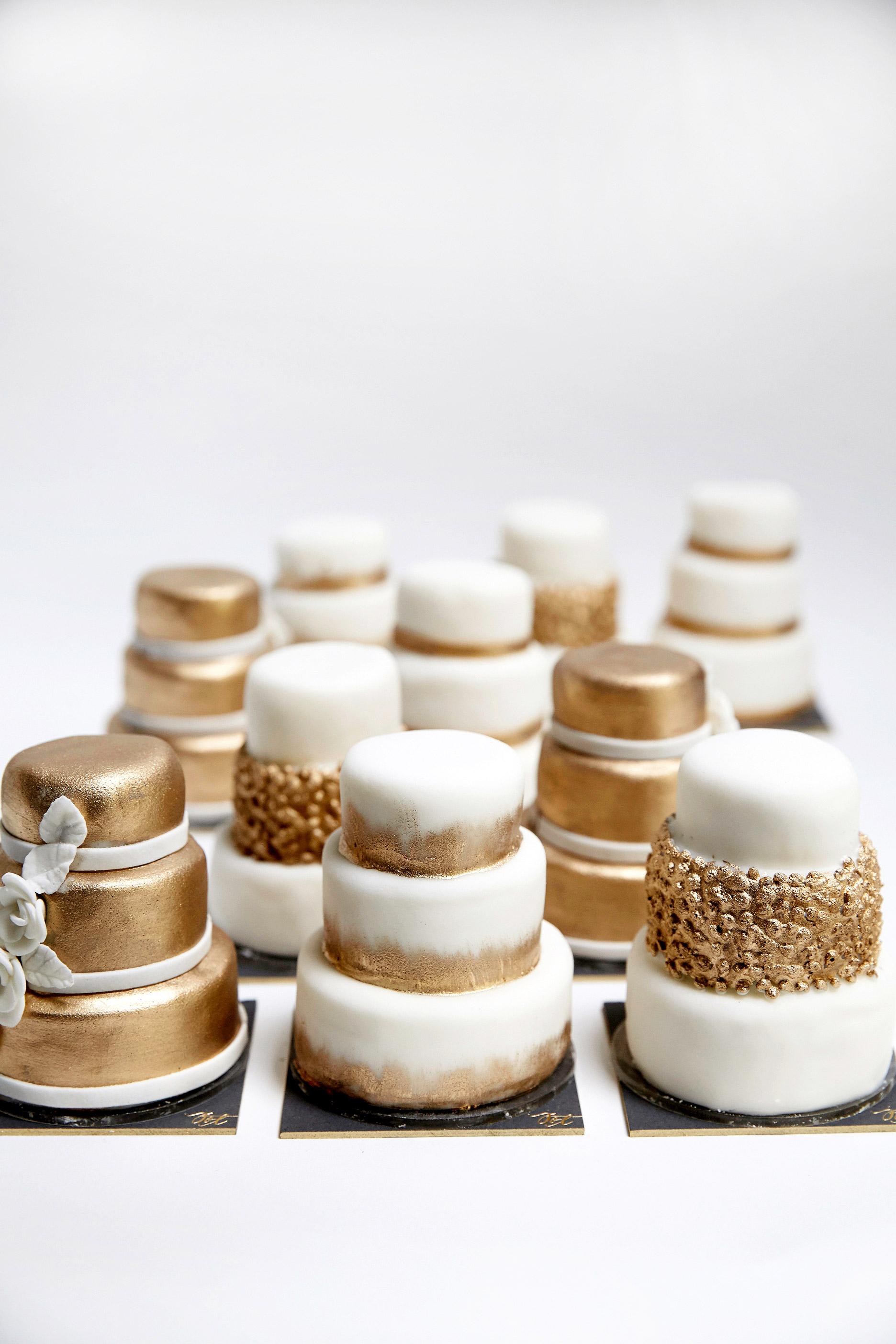 jess todd wedding minicakes