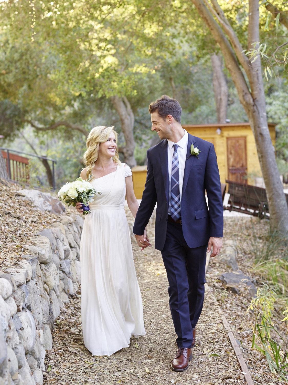 Angela Kinsey and Joshua Snyder