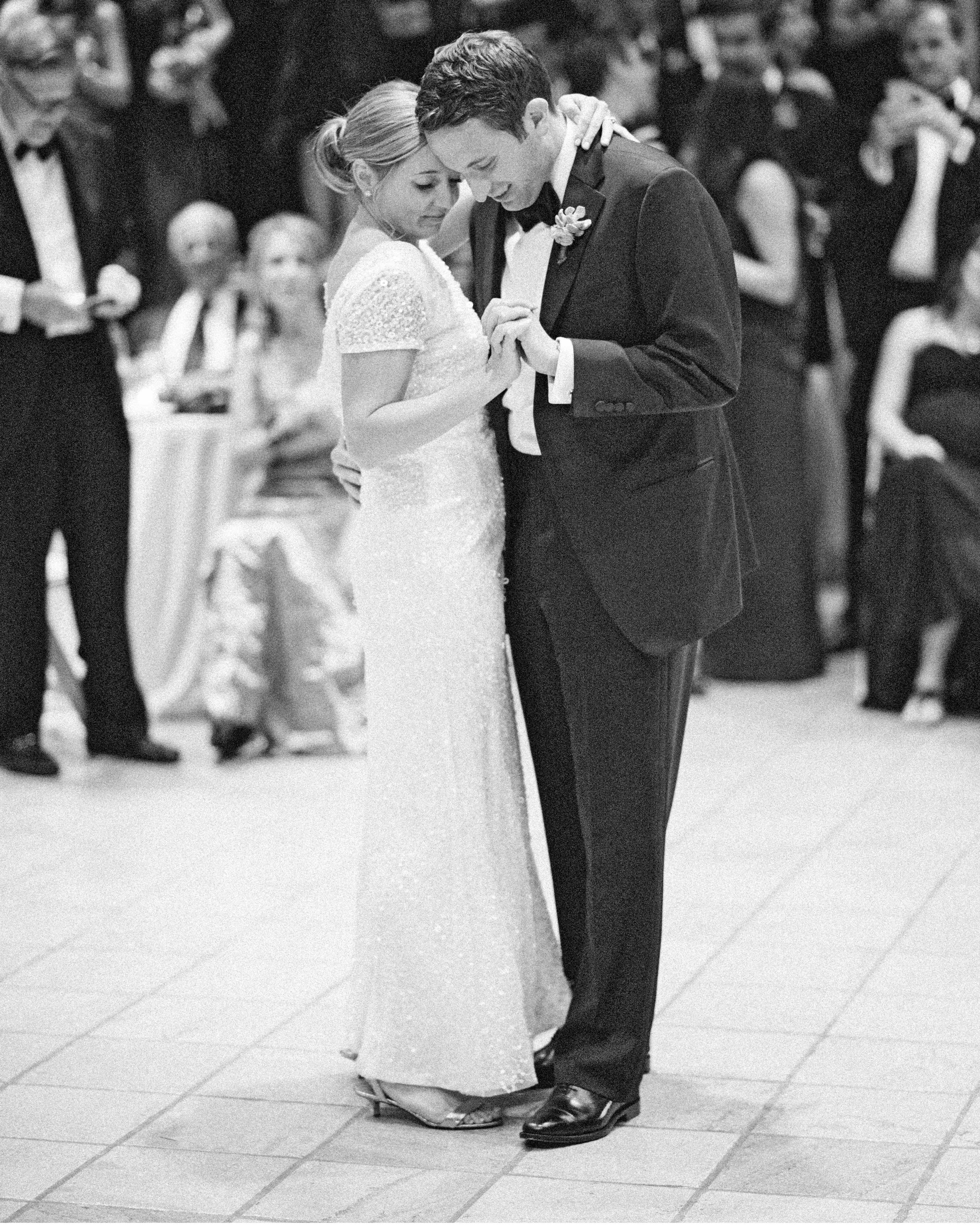 addie alex wedding first dance