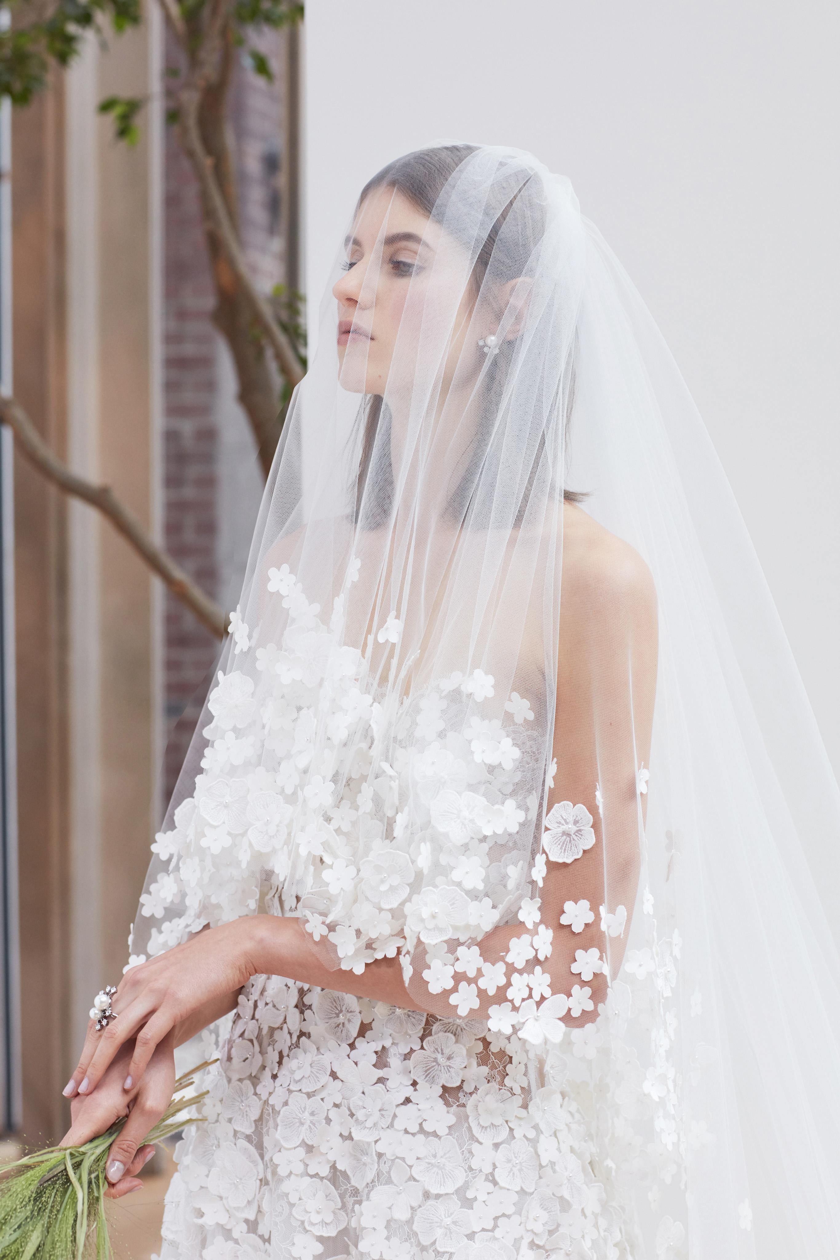 floral tulle Oscar de la Renta Spring 2018 Wedding Dress Collection