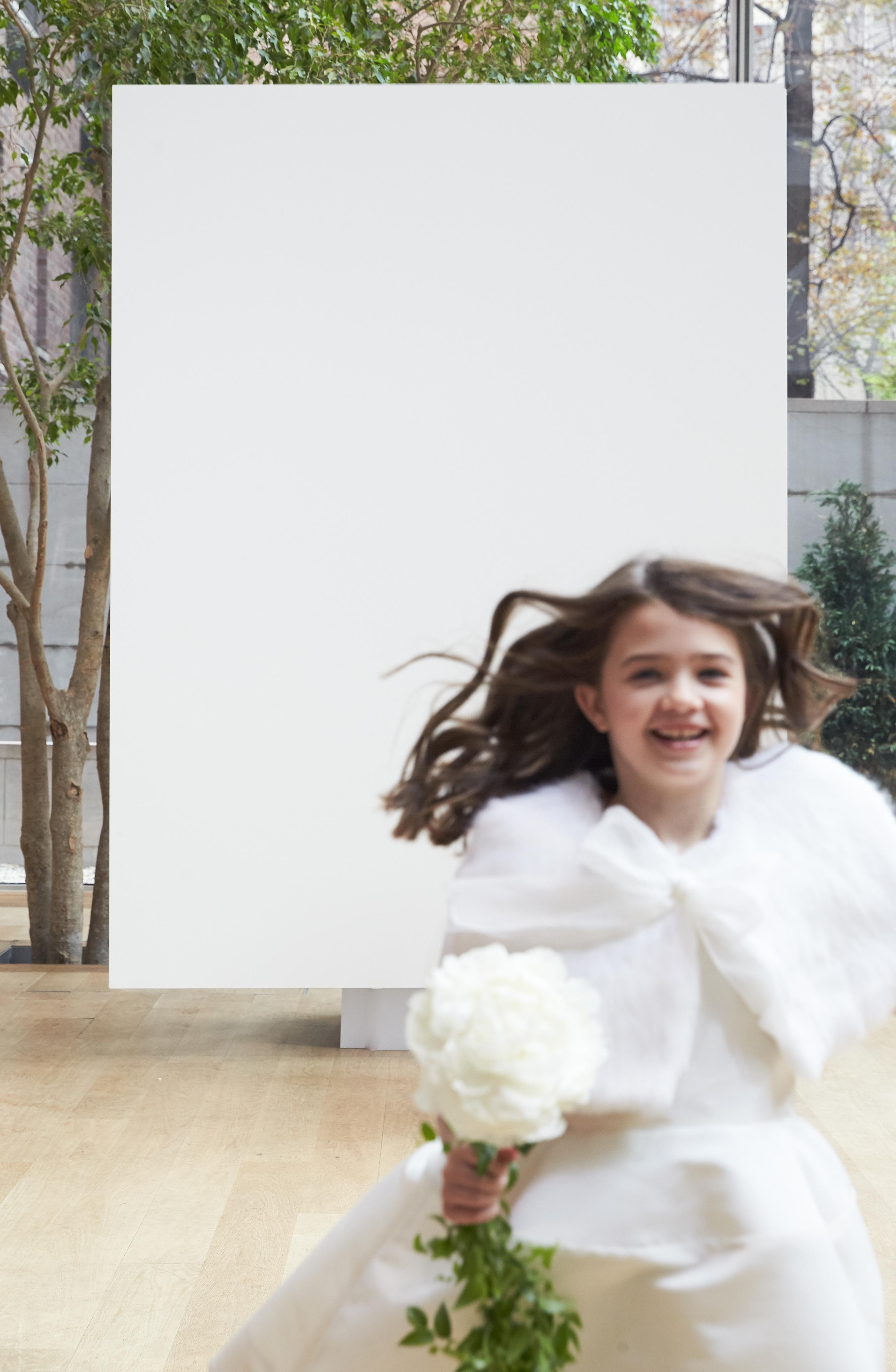 flower girl with shawl Oscar de la Renta Spring 2018 Wedding Dress Collection