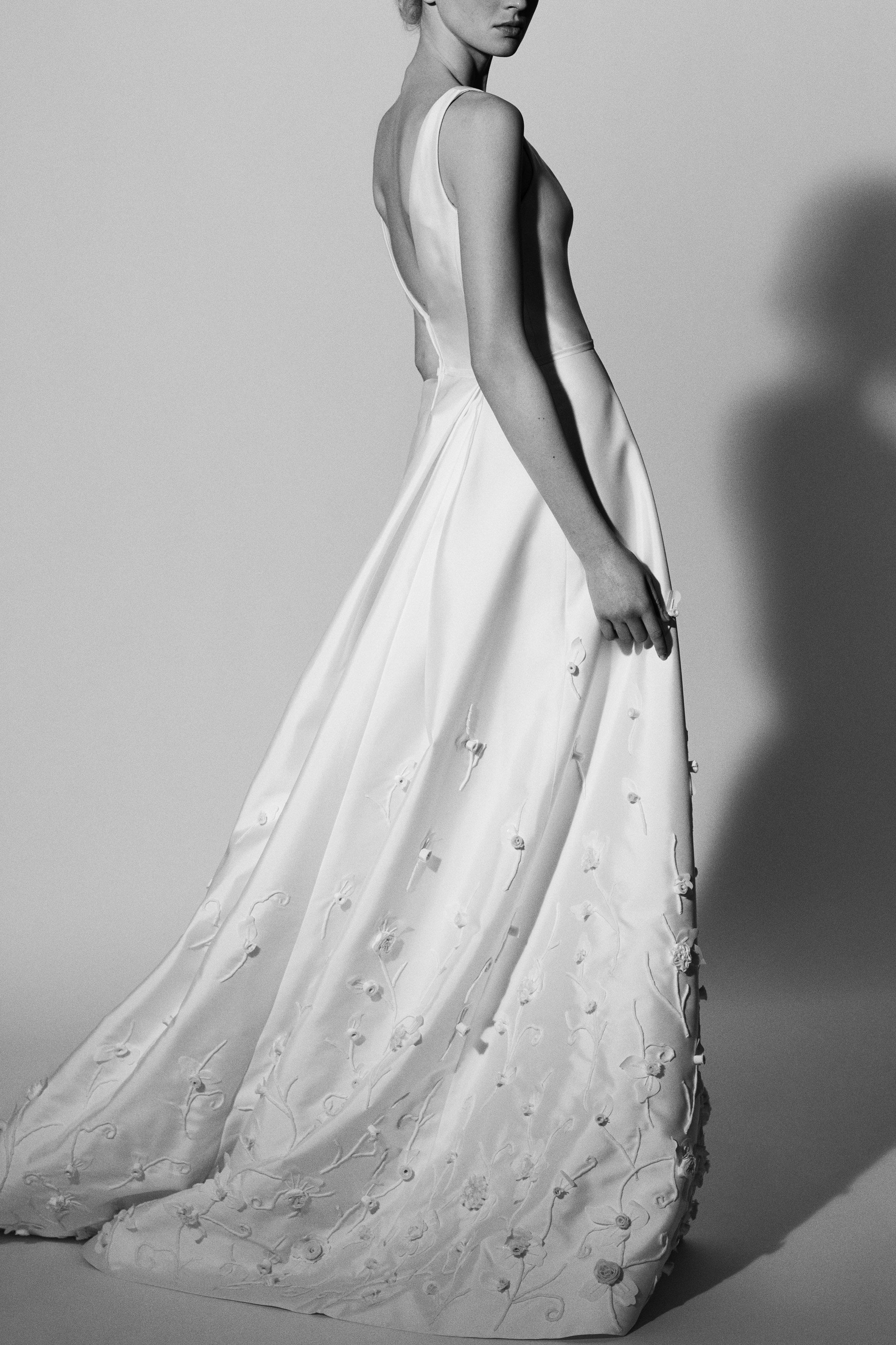 floral a-line Carolina Herrera Wedding Dress Spring2018