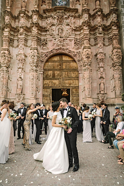 regina chris wedding kiss