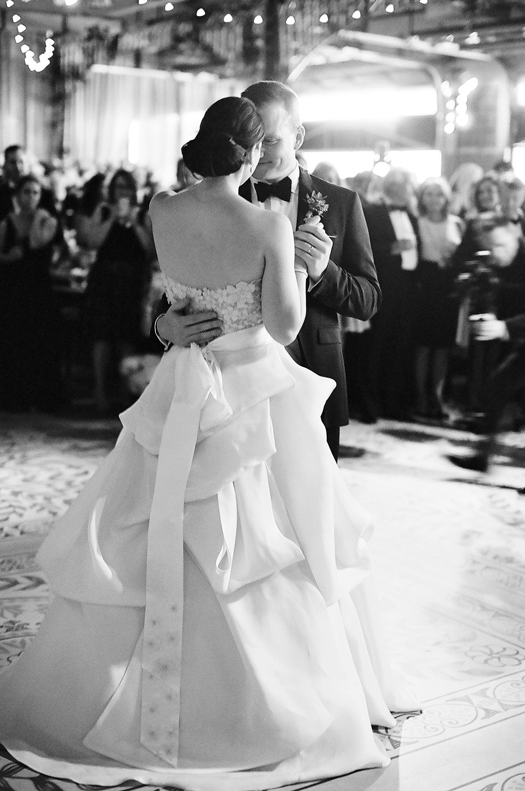 caroline kyle wedding first dance