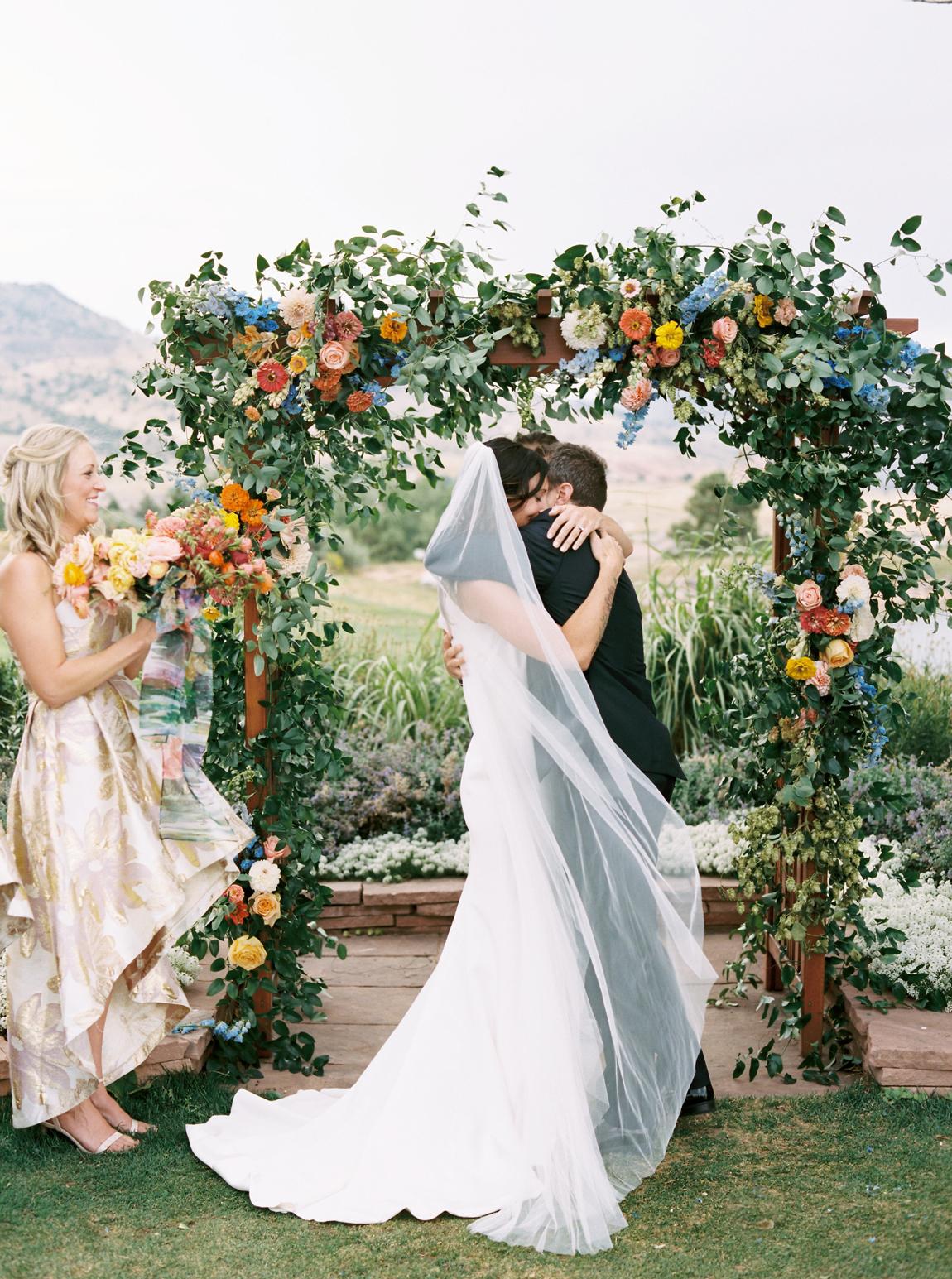 primary color wedding color scheme