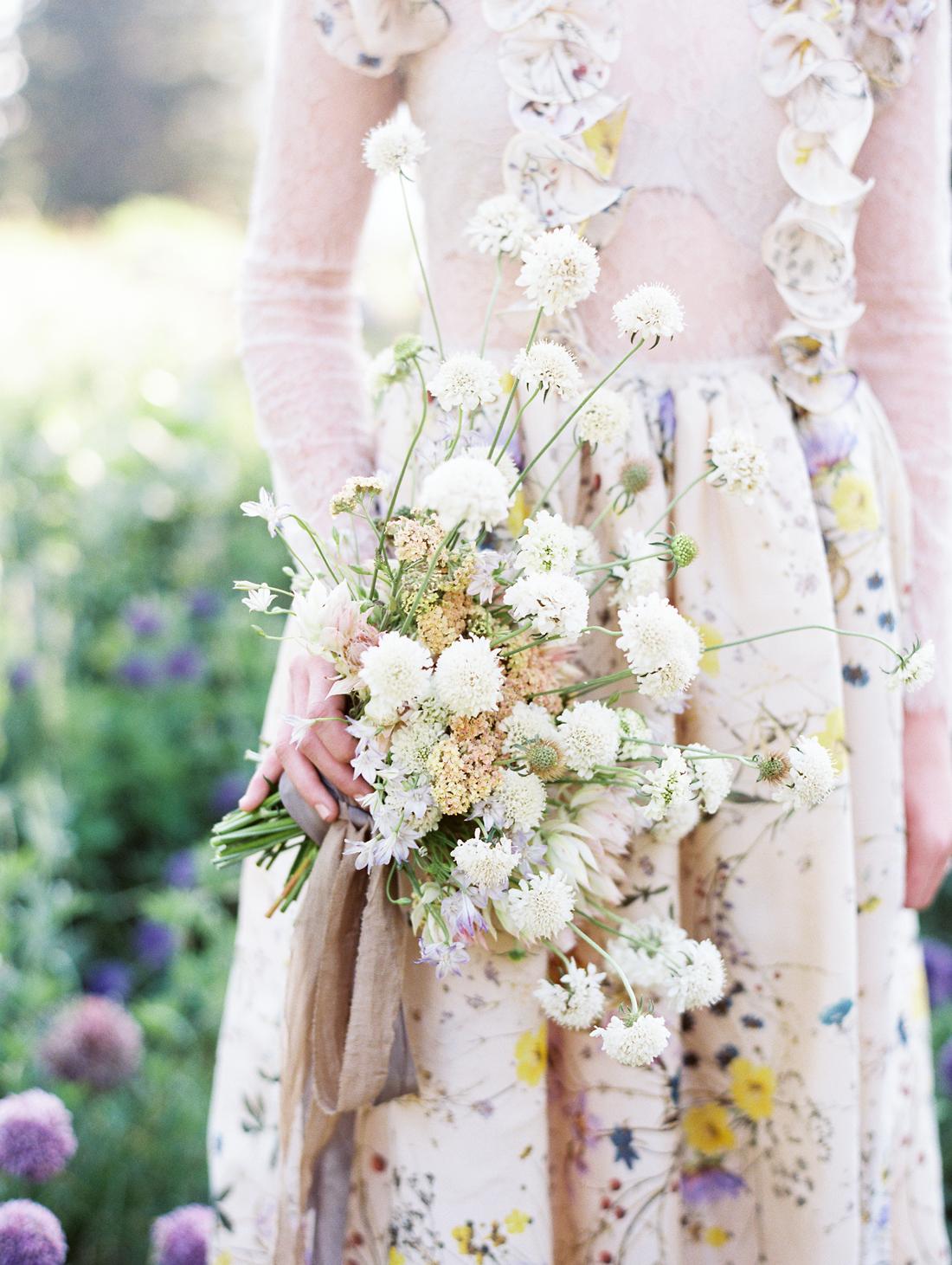 Yellow, Purple, and Cream wedding color scheme