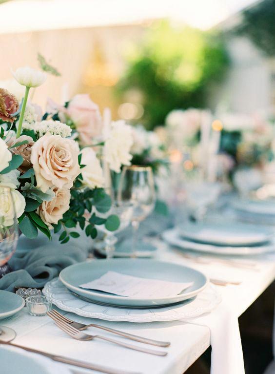 Ice Blue and Cream wedding color scheme