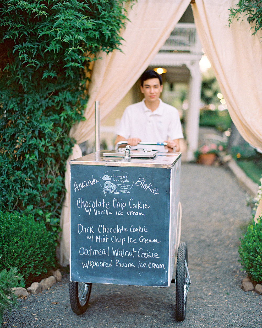 blackboard ice cream menu on mobile cart