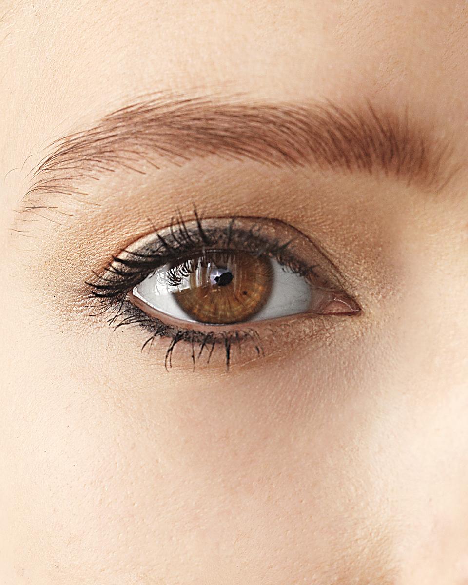 eyeliner-eye-1011mld107676.jpg
