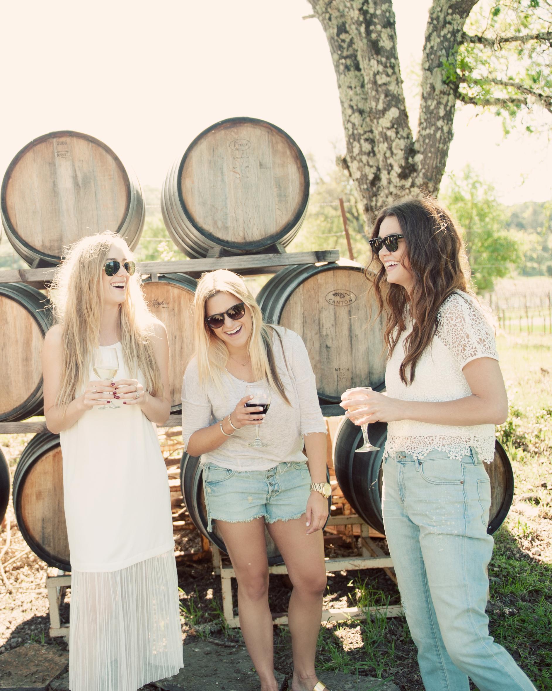 eatsleepwear-napa-valley-bachelorette-party-friends-wine-cask-0415.jpg
