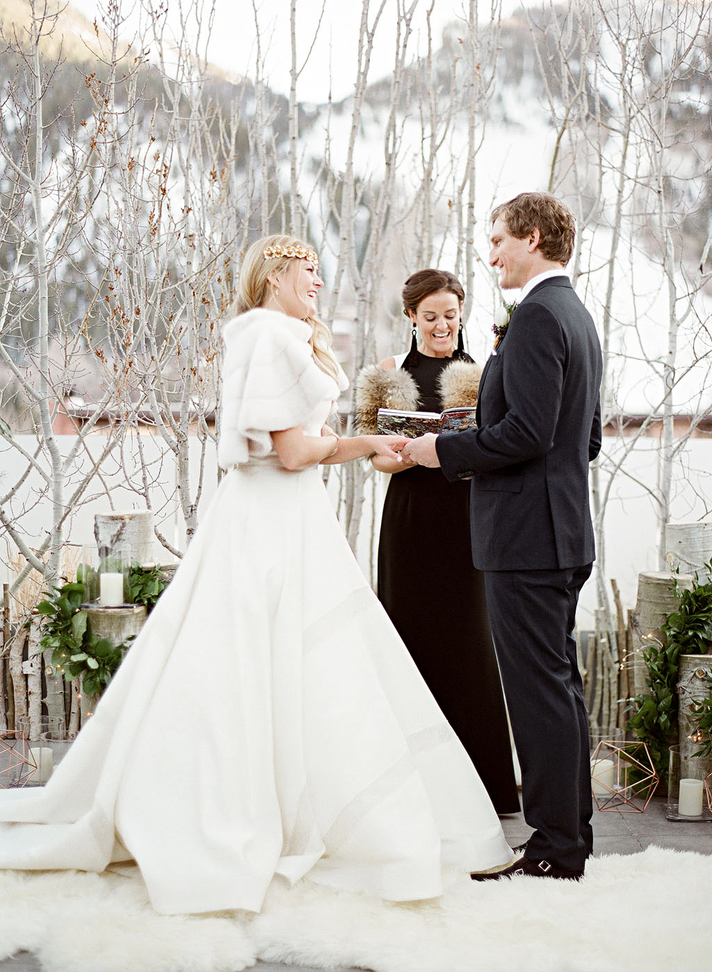 wedding couple ceremony snow