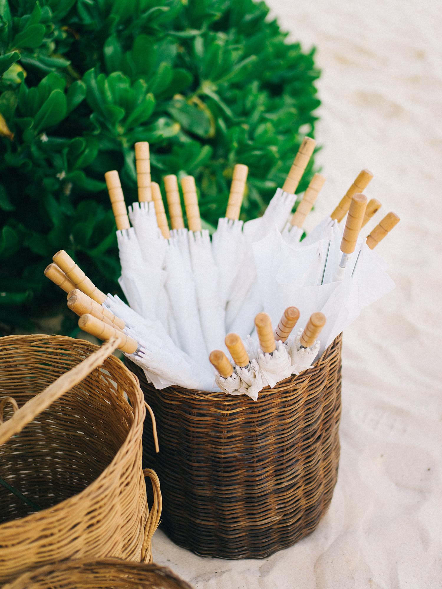 Umbrella wedding favors for an outdoor beach wedding