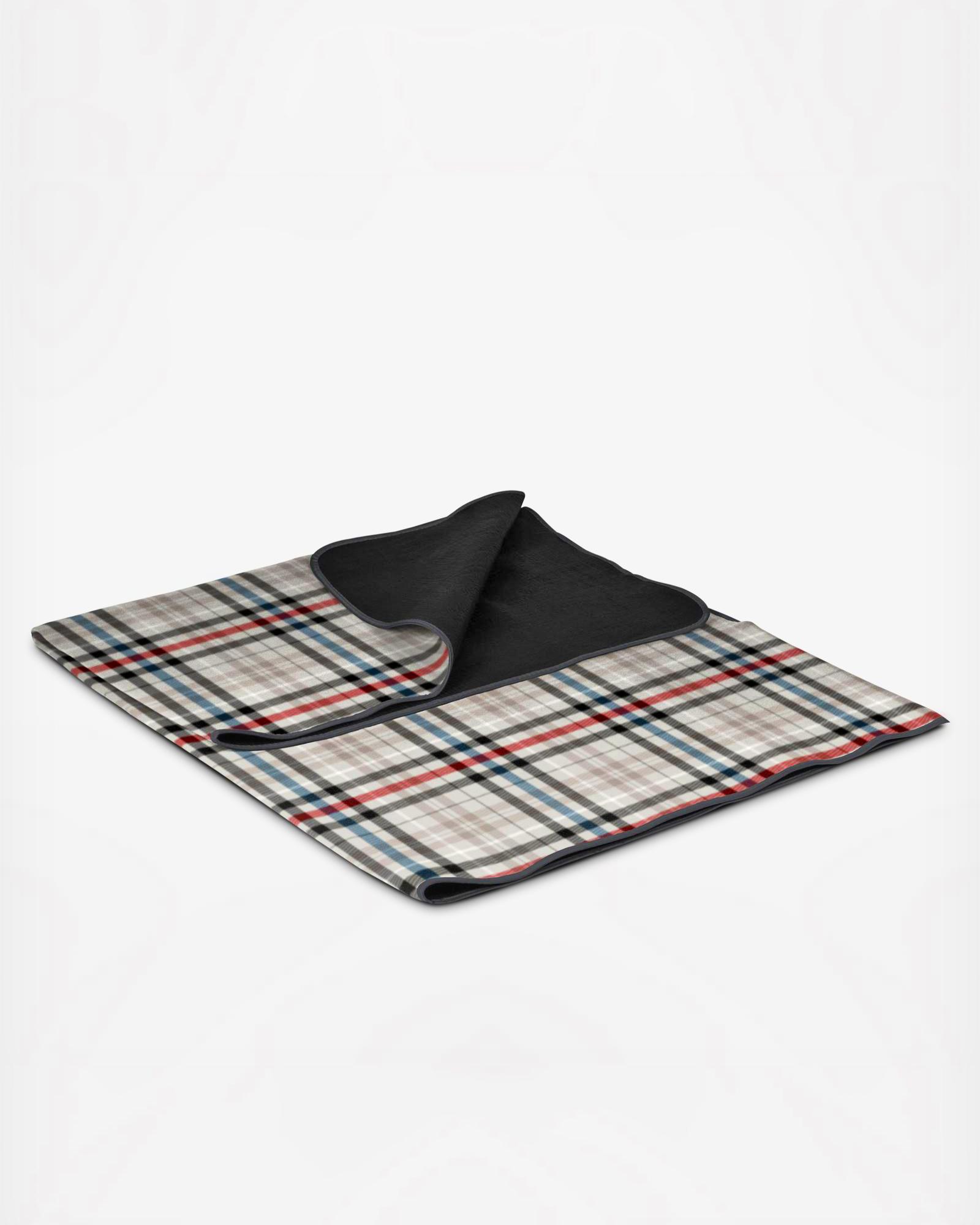 zola picnic time blanket tote