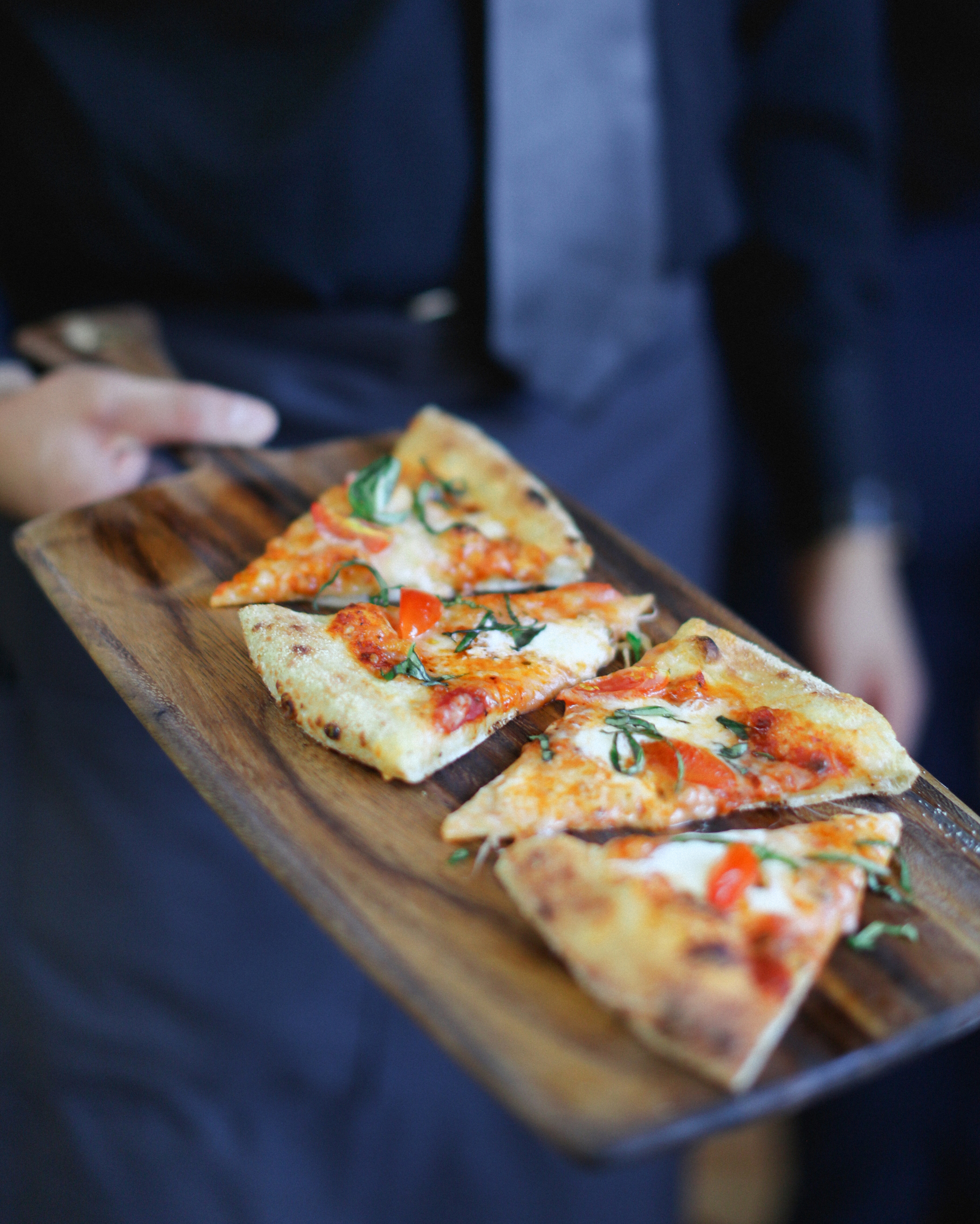 lana-danny-wedding-pizza-486-s111831-0315.jpg