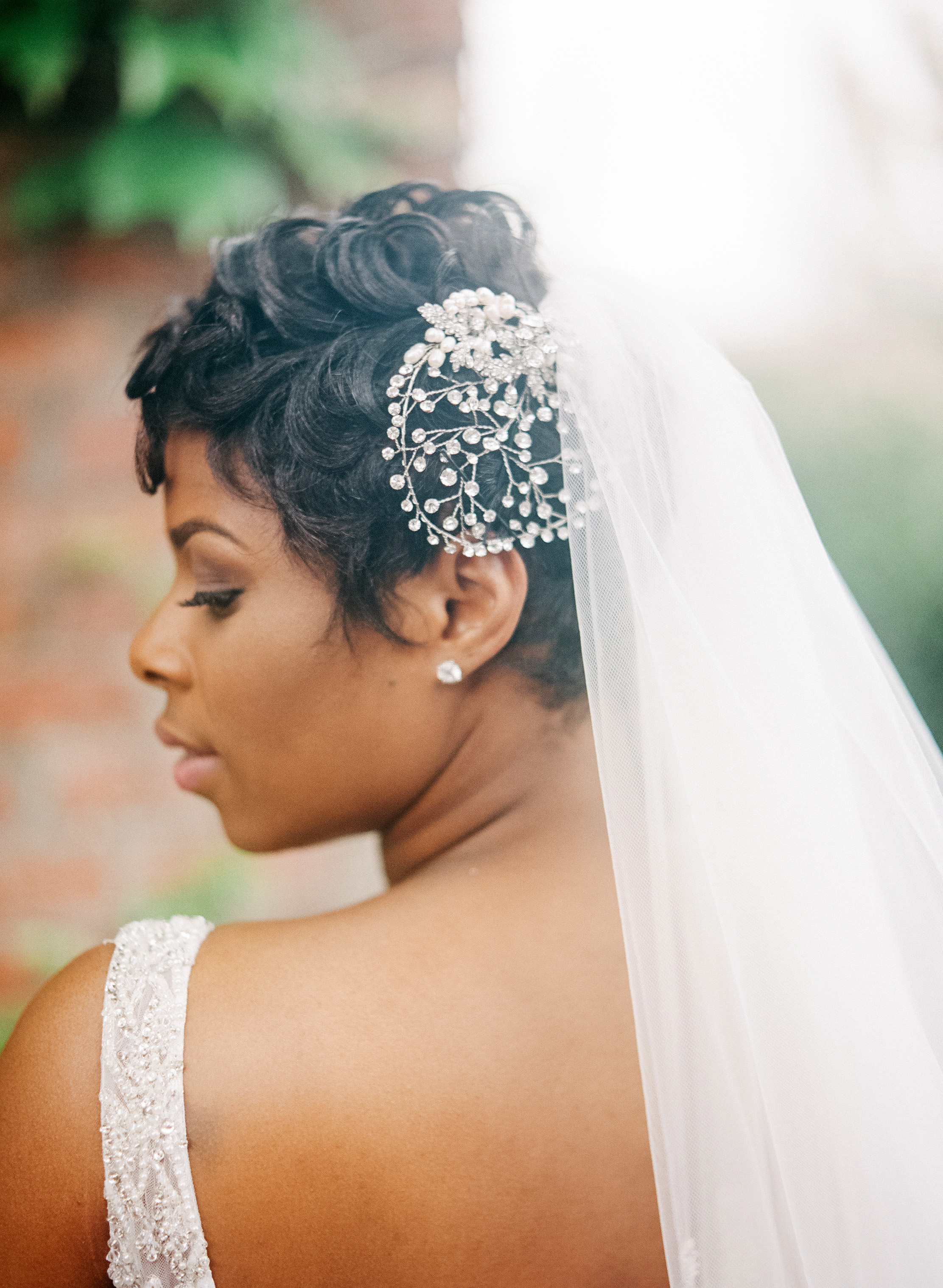 bride wearing hairpiece