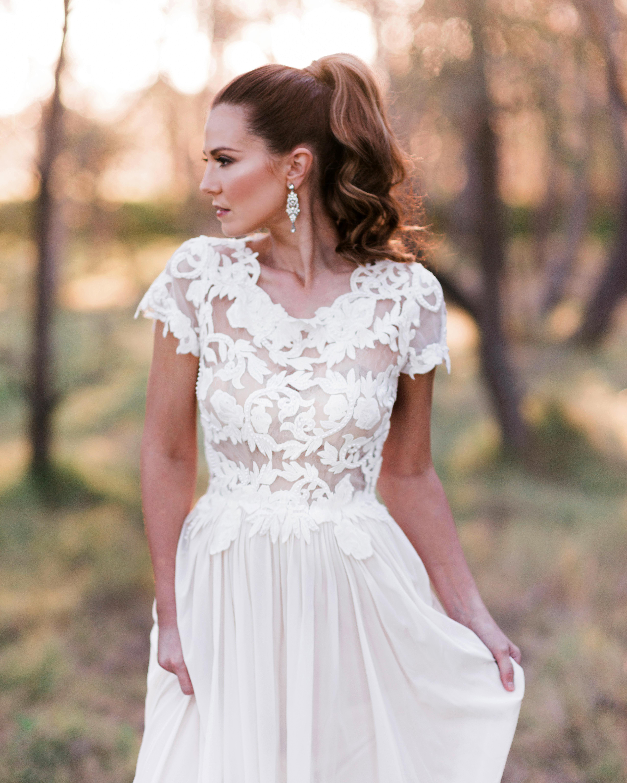 bridal ponytail classic bridal style