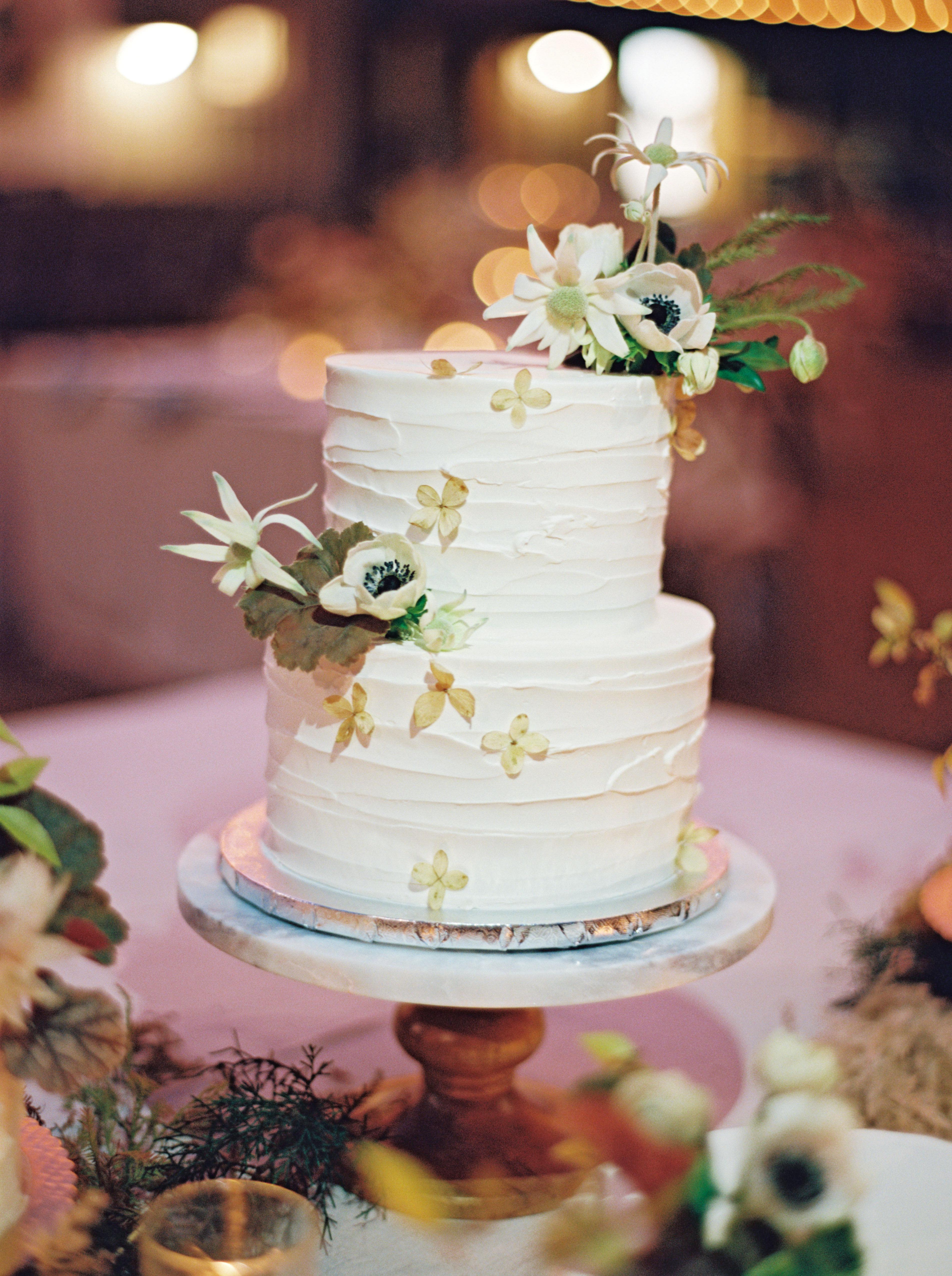 jayme barry wedding cake